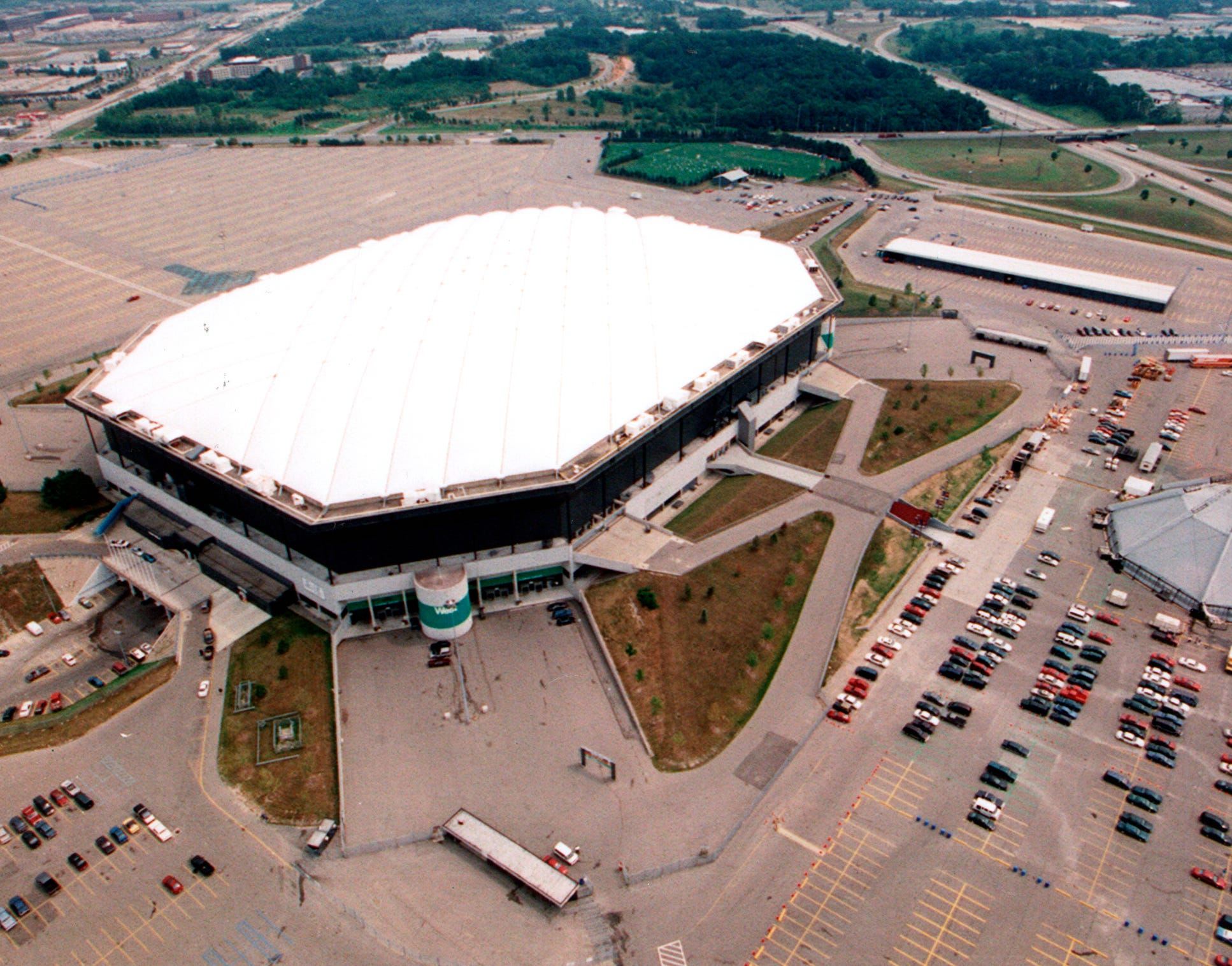 The Pontiac Silverdome is seen from above in 1990.