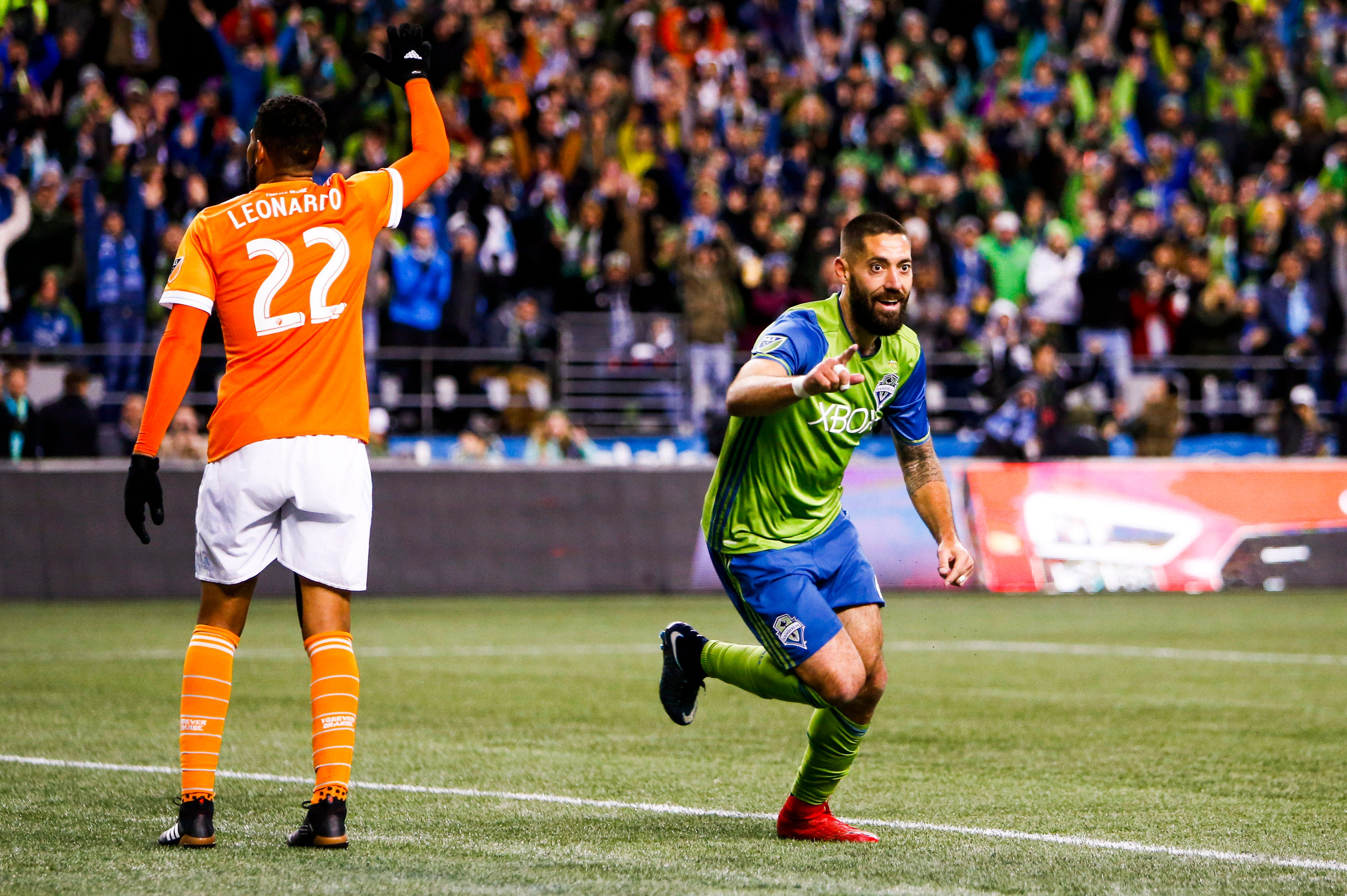 Seattle Sounders return to MLS Cup after rout of Houston Dynamo
