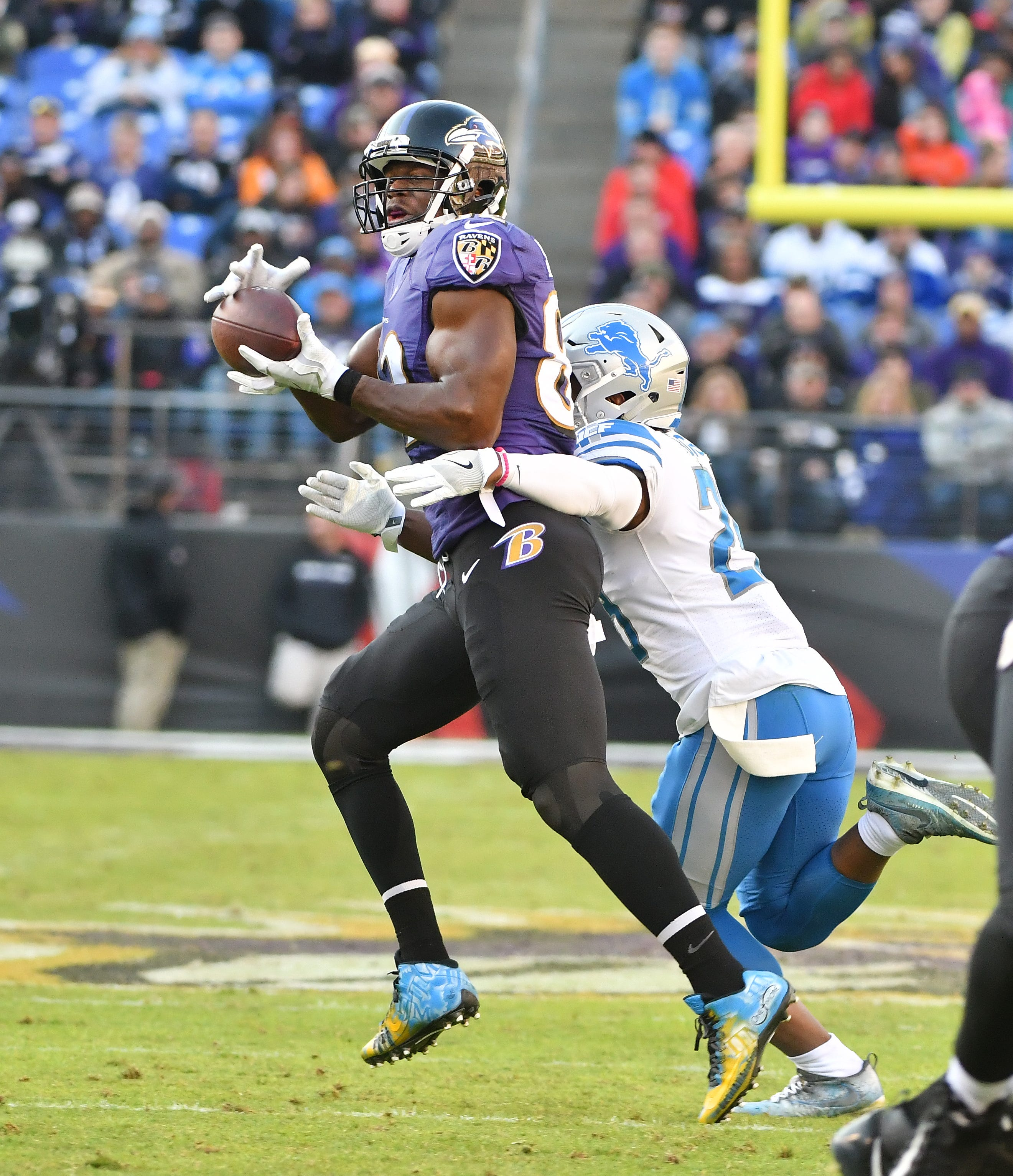 Ravens tight ends continue to take chunks out of the