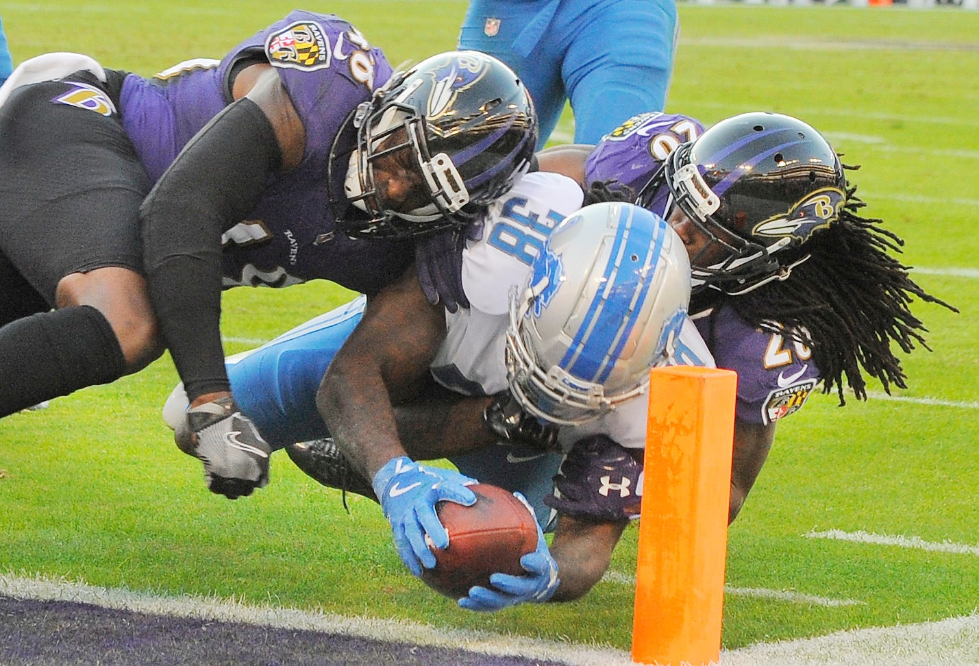 Lions rookie running back Tion Green dives into the
