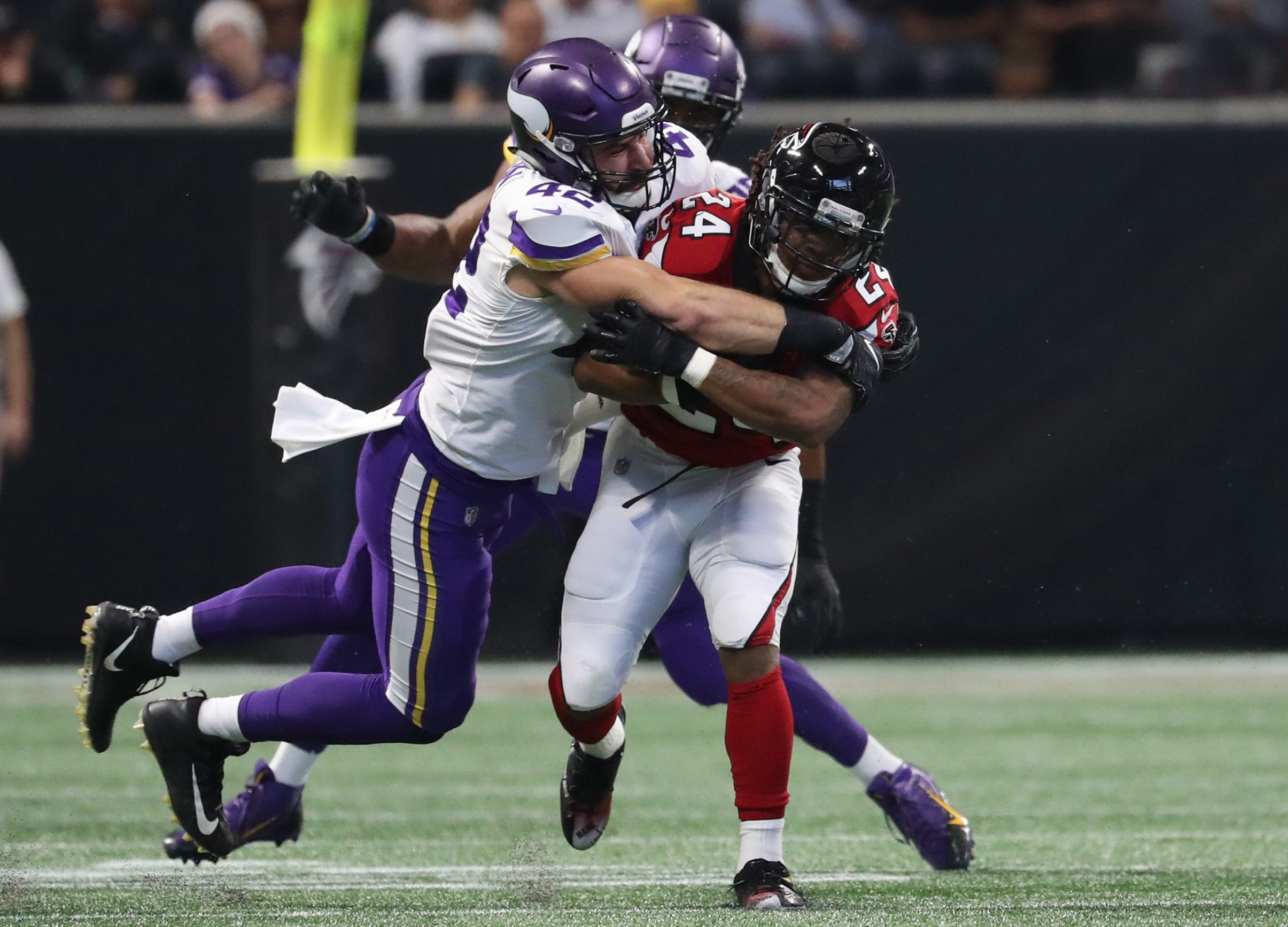 Vikings show the danger of a team playing completely in sync