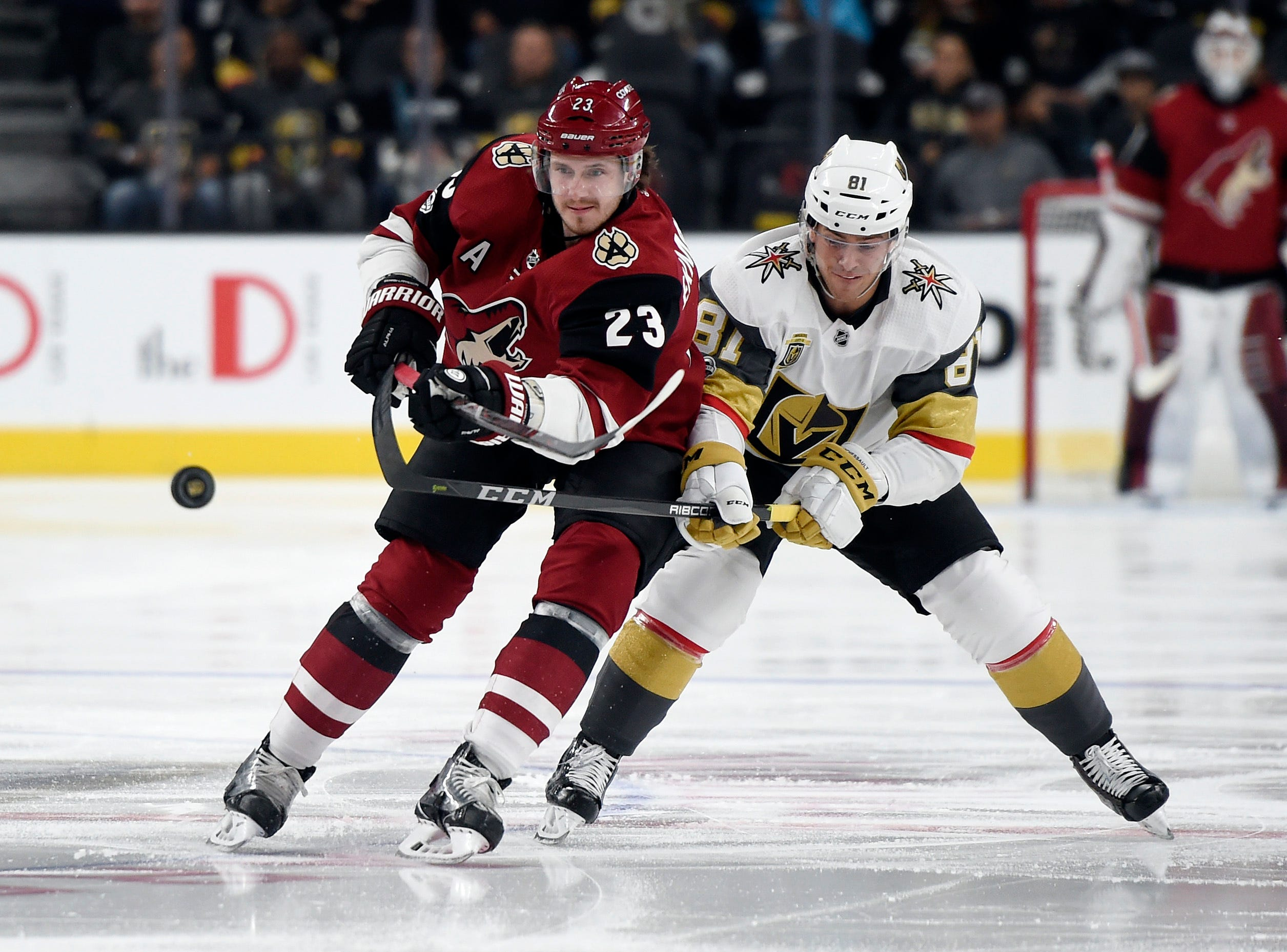 Smith's overtime goal lifts Vegas past Arizona, 3-2