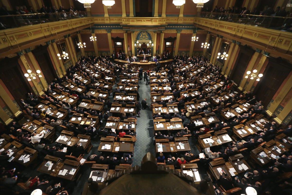 House Senate Bills Would Cut Ed Dept >> Michigan S Lame Duck Legislature Most Controversial Bills
