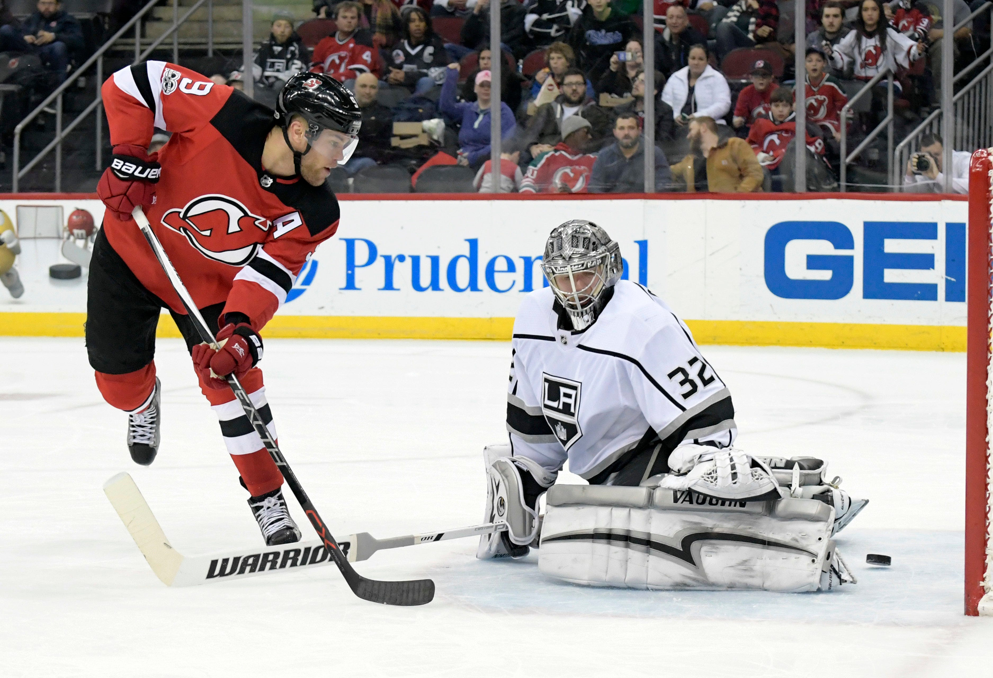 Devils heed lesson, respond with 5-1 win over Kings
