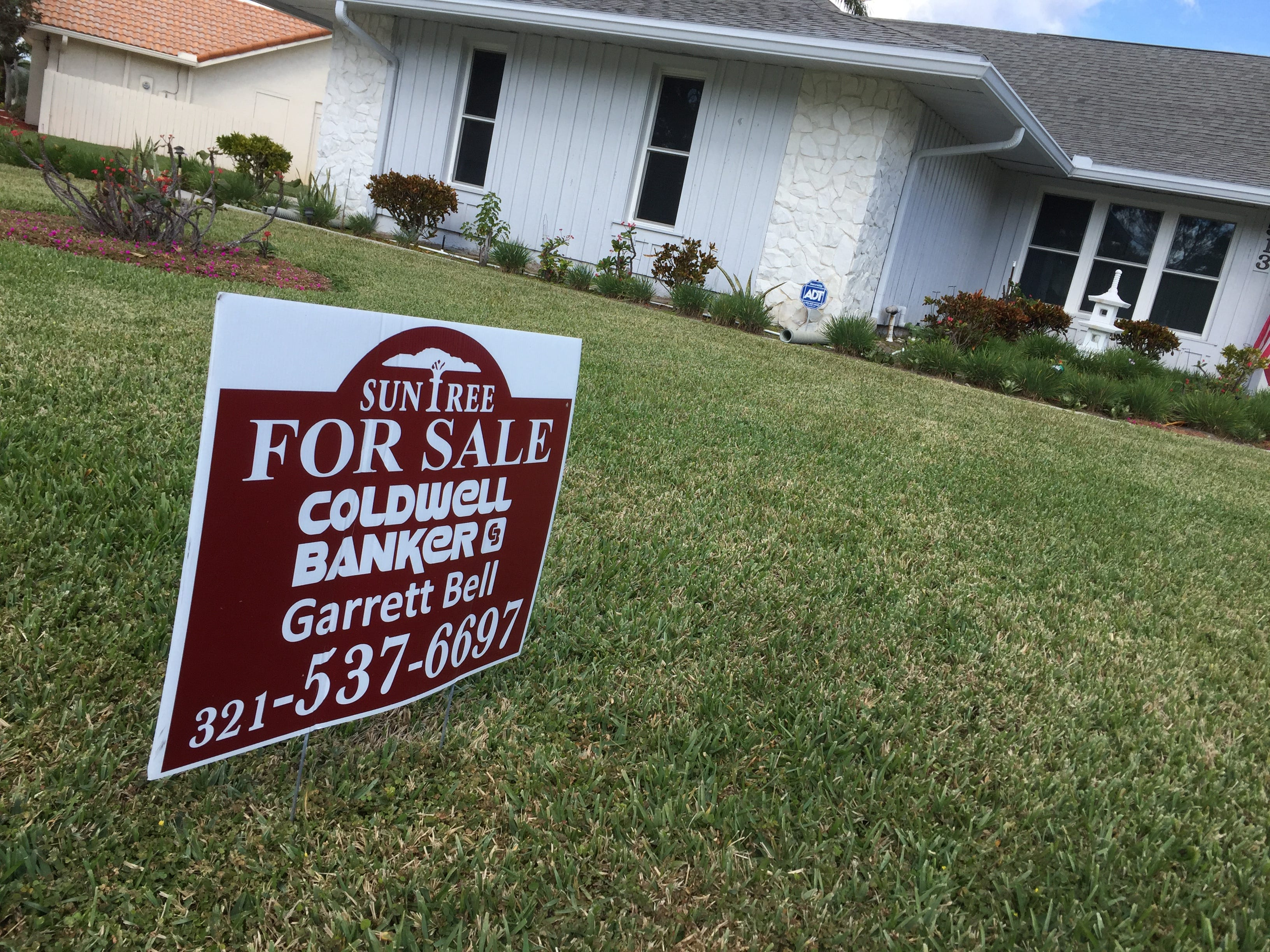 636493782328901495-HomeSales1 Final Brevard County housing report of 2017 ends with a bang - a loud one
