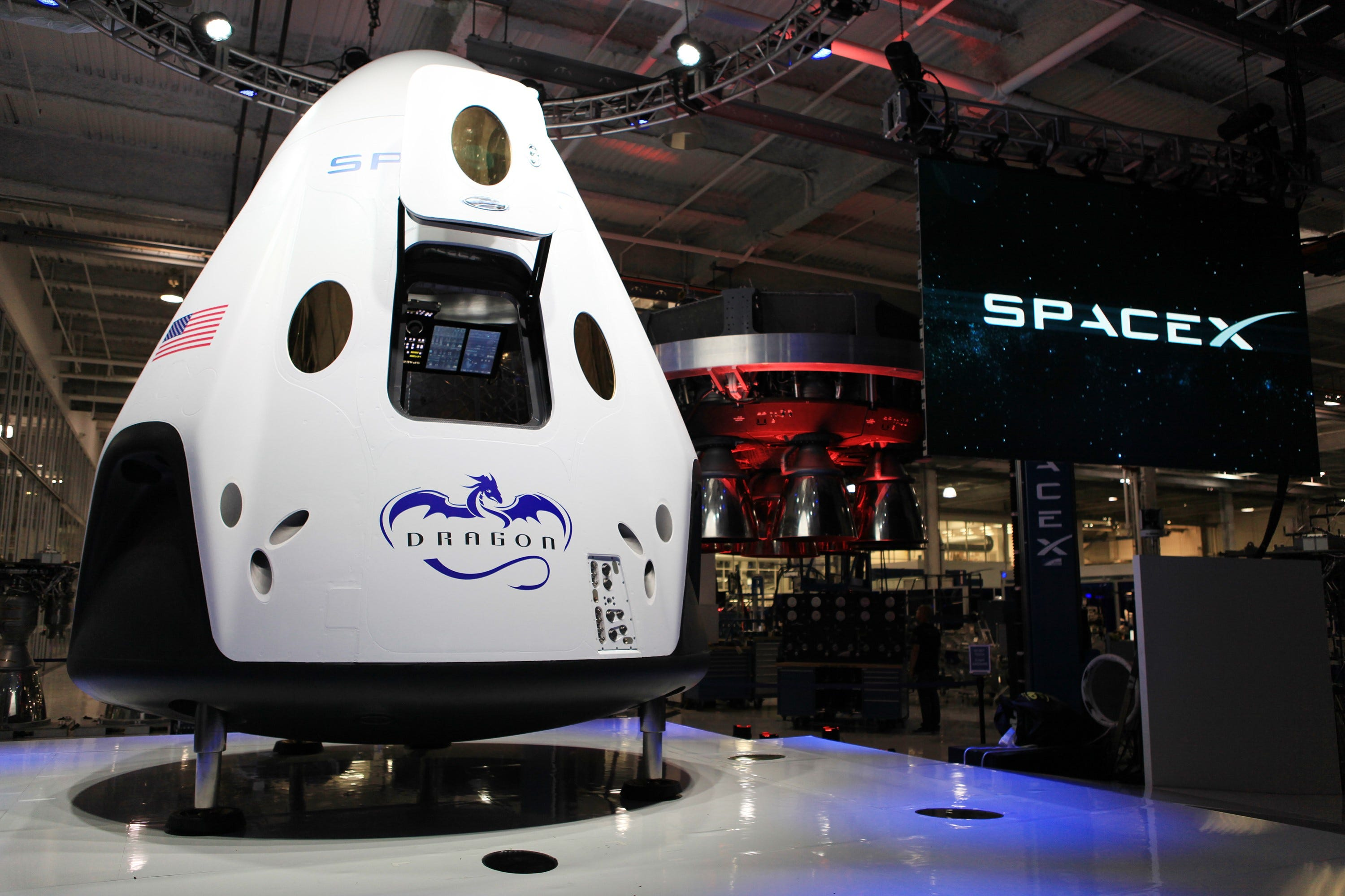 636494684887902724-KSC-2014-2722-orig SpaceX: We'll fly life support on uncrewed Dragon test flight