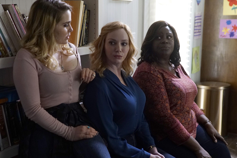 Review: Hendricks, Whitman and Retta break bad in NBC's fun, soapy 'Good Girls'