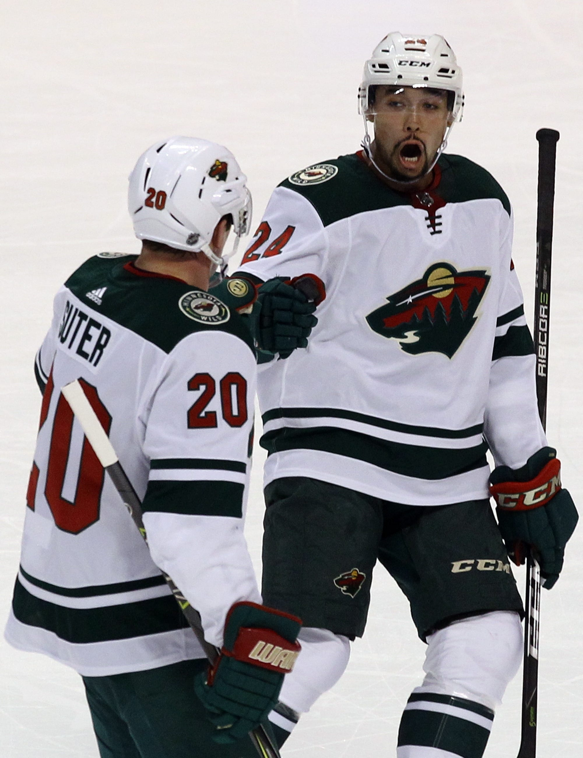 Huberdeau scores twice as Panthers top Wild 4-2