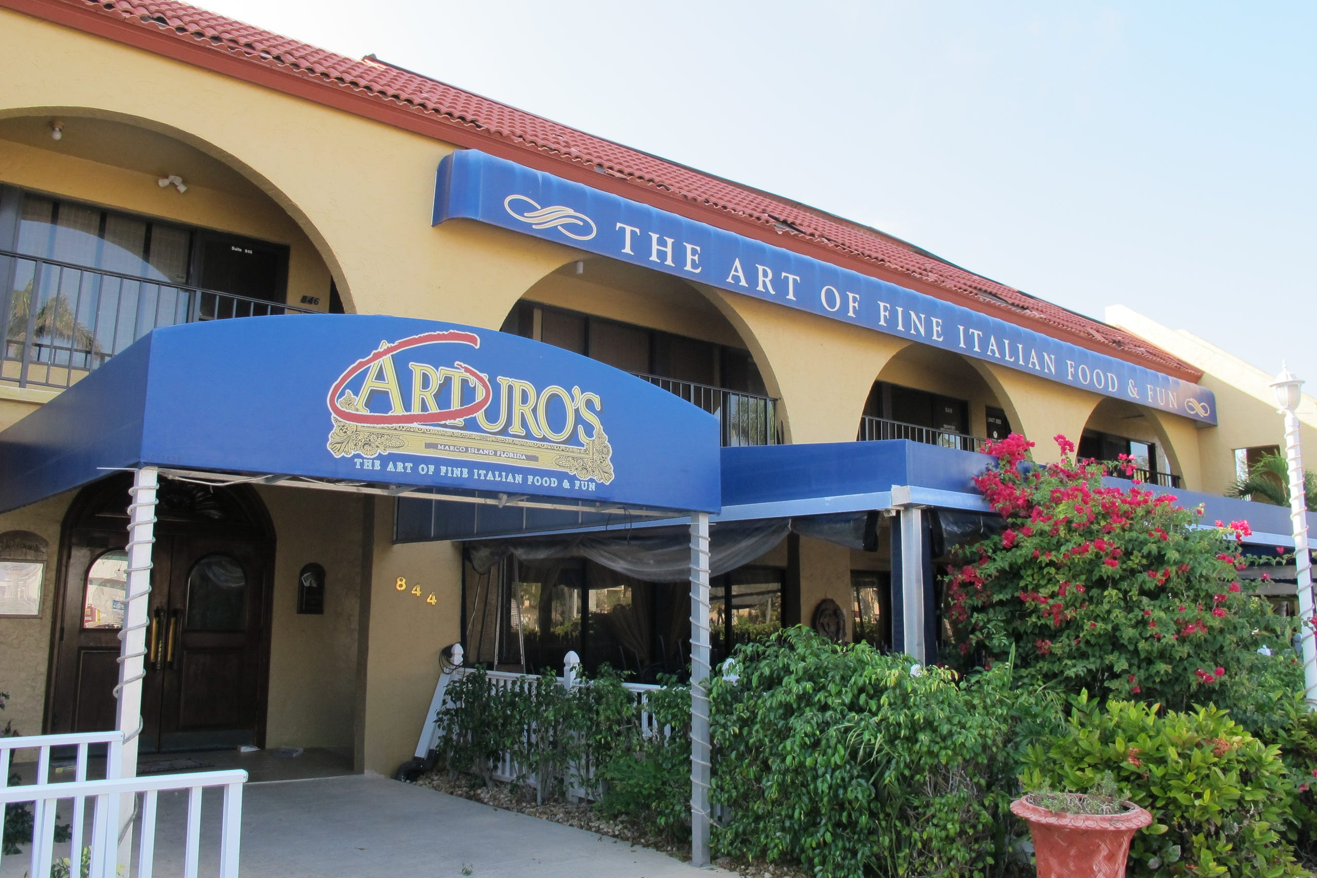 Photos Restaurants Closing 2017
