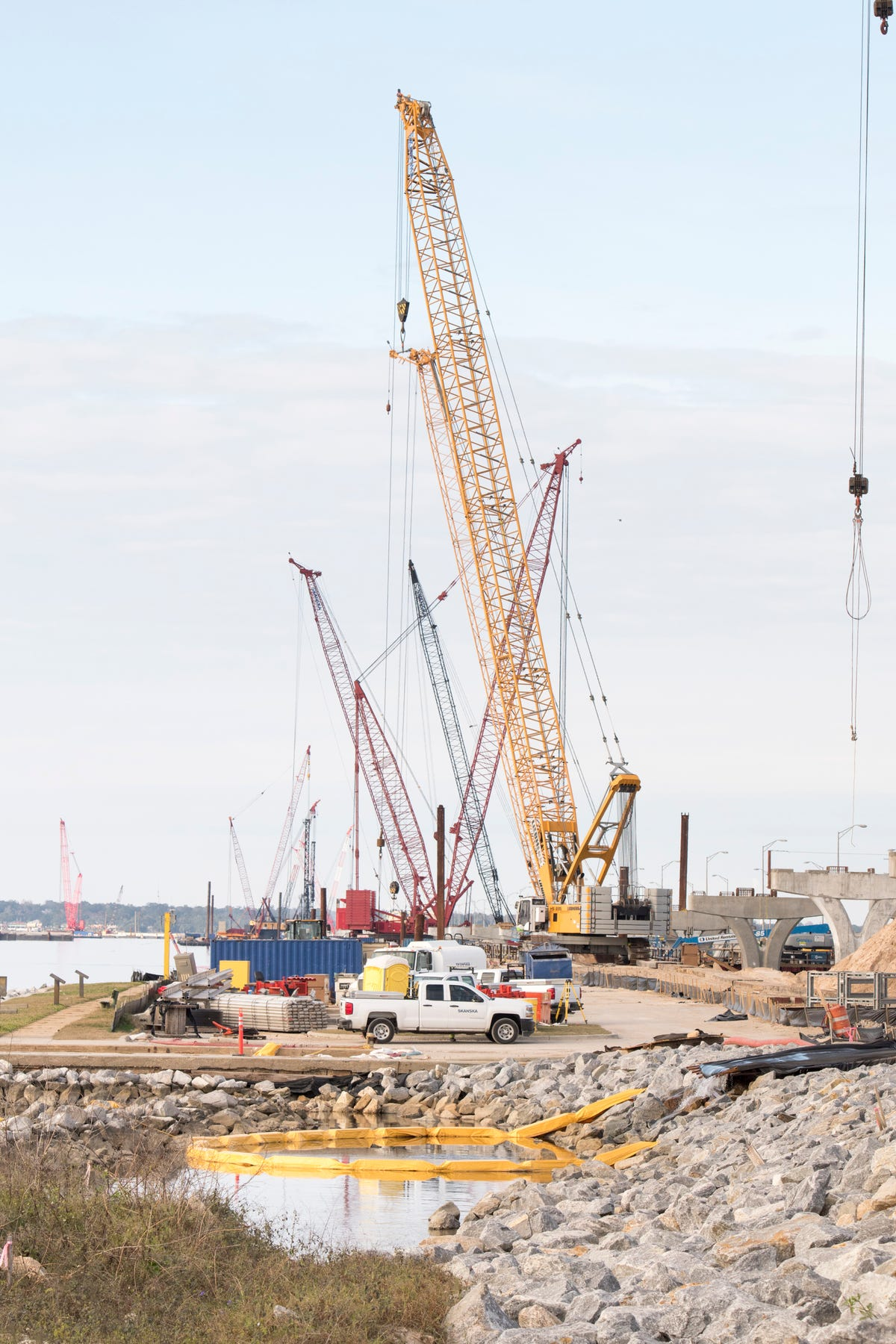 Work to replace Pensacola Bay Bridge is on schedule for