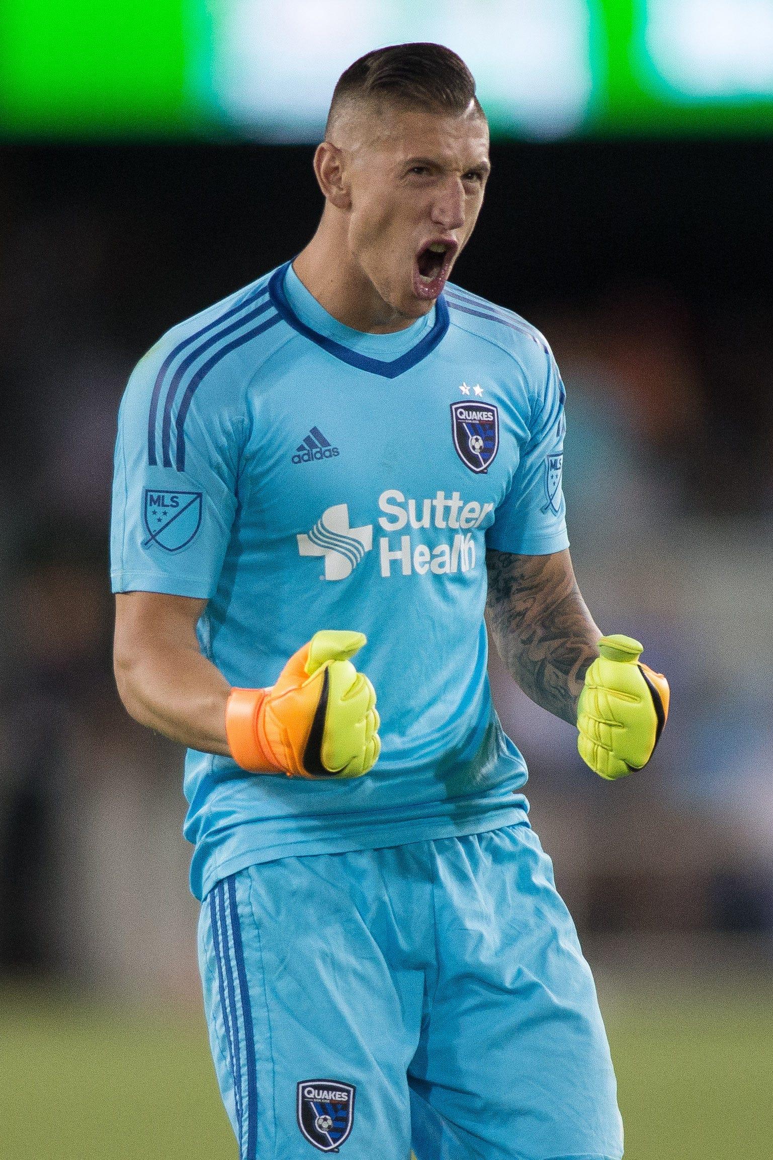 Los Angeles Galaxy sign goalkeeper David Bingham