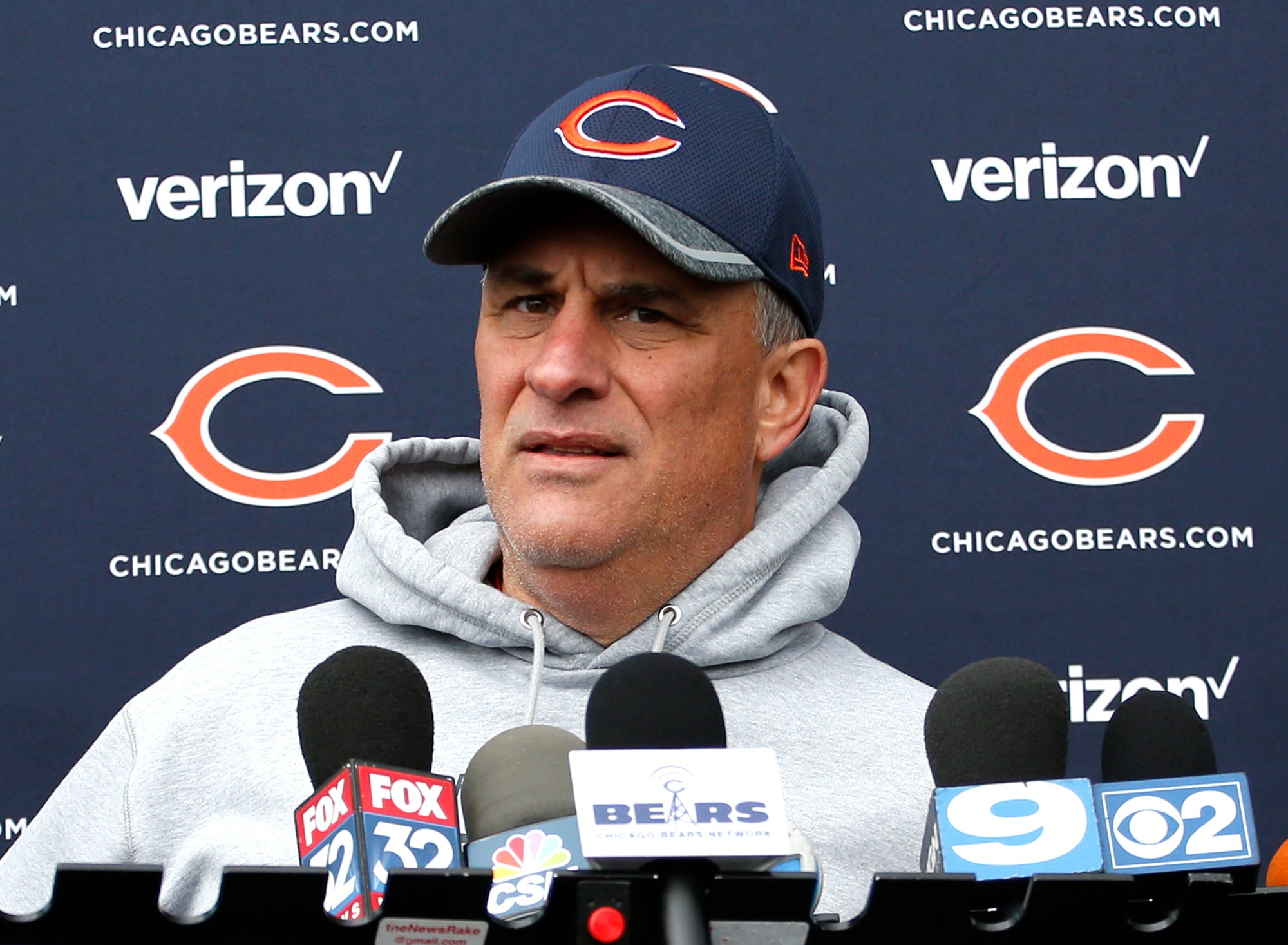 Defensive coordinator Vic Fangio returning to Bears
