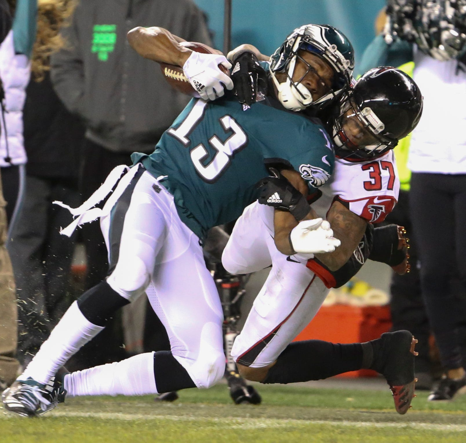 Eagles' Agholor, from country Trump disparaged, keeps working hard