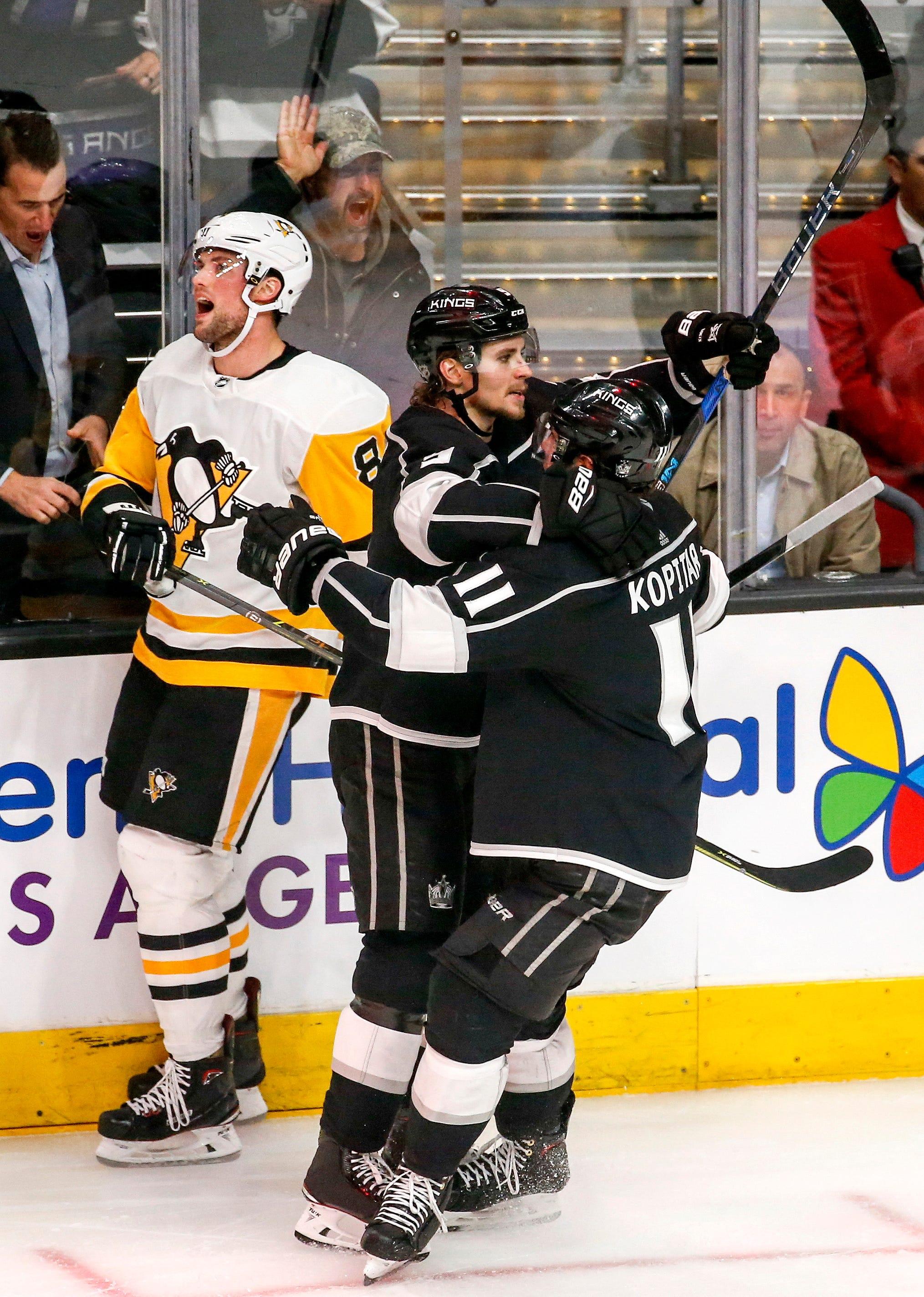 Hornqvist gets 2 goals, Penguins beat slumping LA Kings 3-1