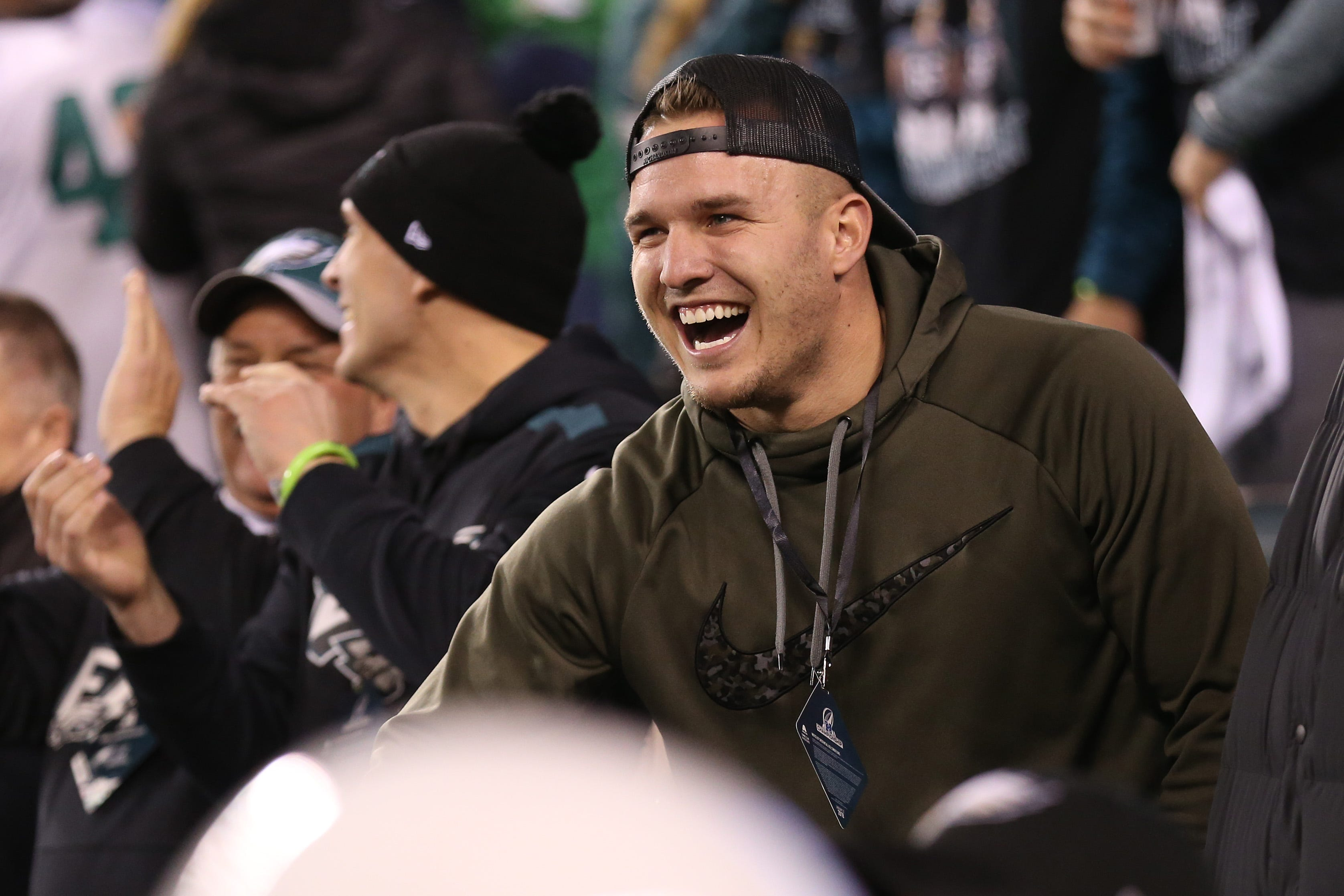 Mike Trout predicts Eagles victory in Super Bowl, sidesteps question about Phillies