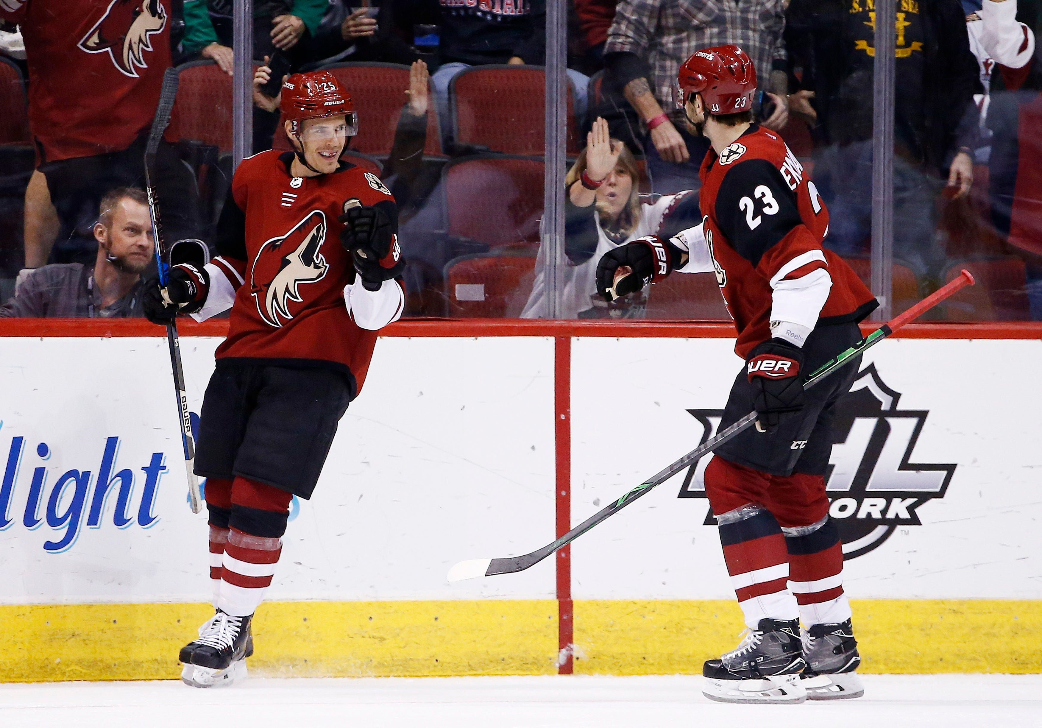 Cousins scores in OT, Coyotes beat Islanders 3-2