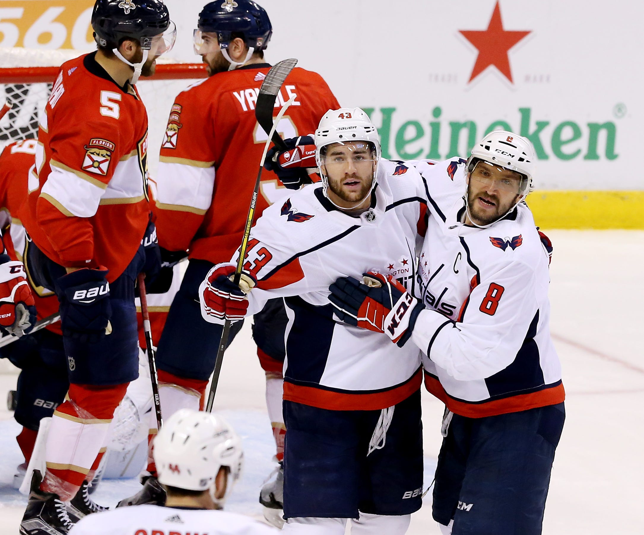 Alex Ovechkin hits milestones as Capitals end skid