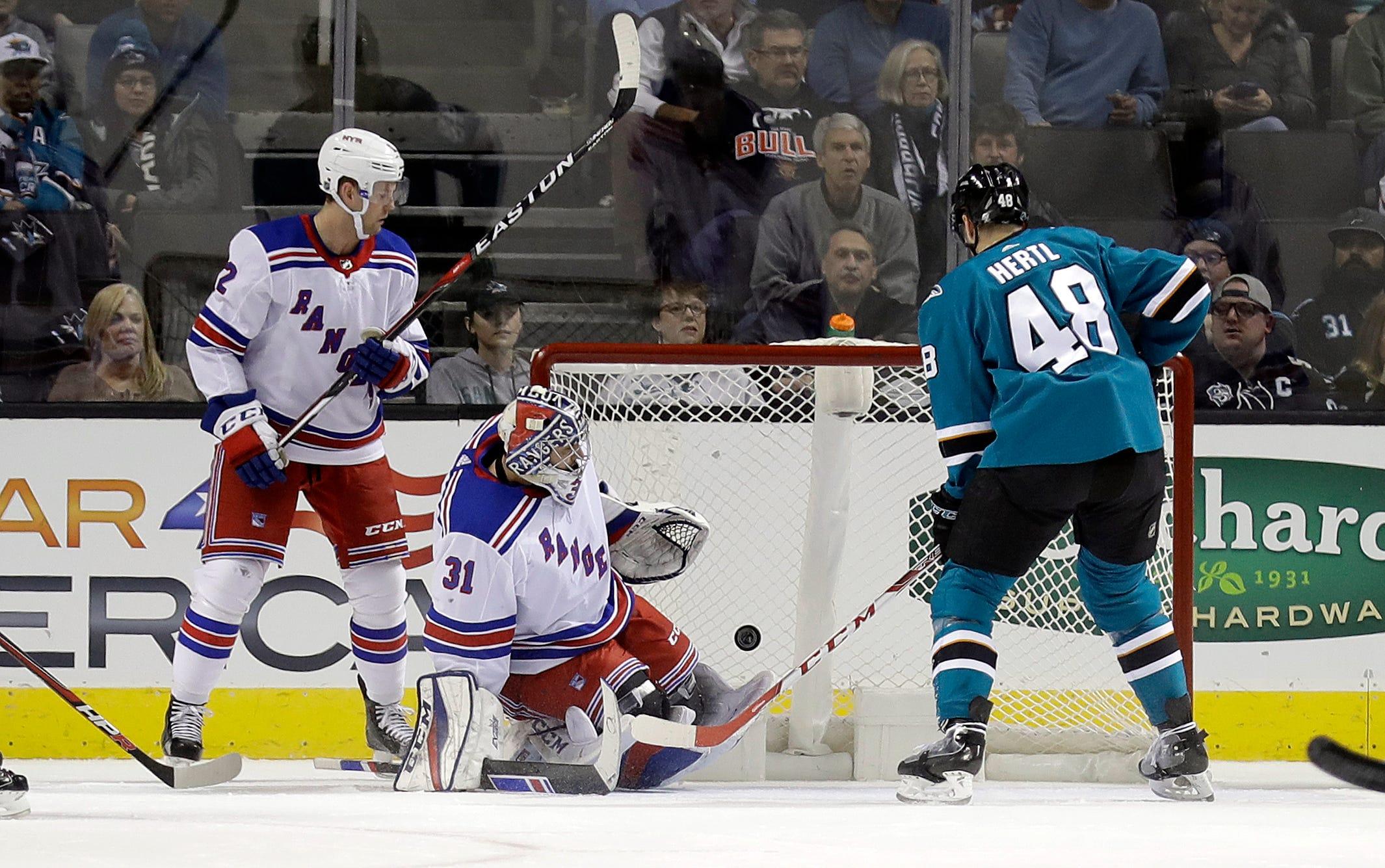 McDonagh's 2 goals lead Rangers past Sharks 6-5