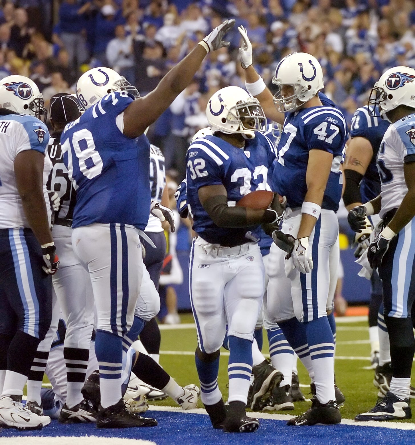 966ee335cab http://www.indystar.com/picture-gallery/sports/nfl/colts/2017/10/05/colts  ...