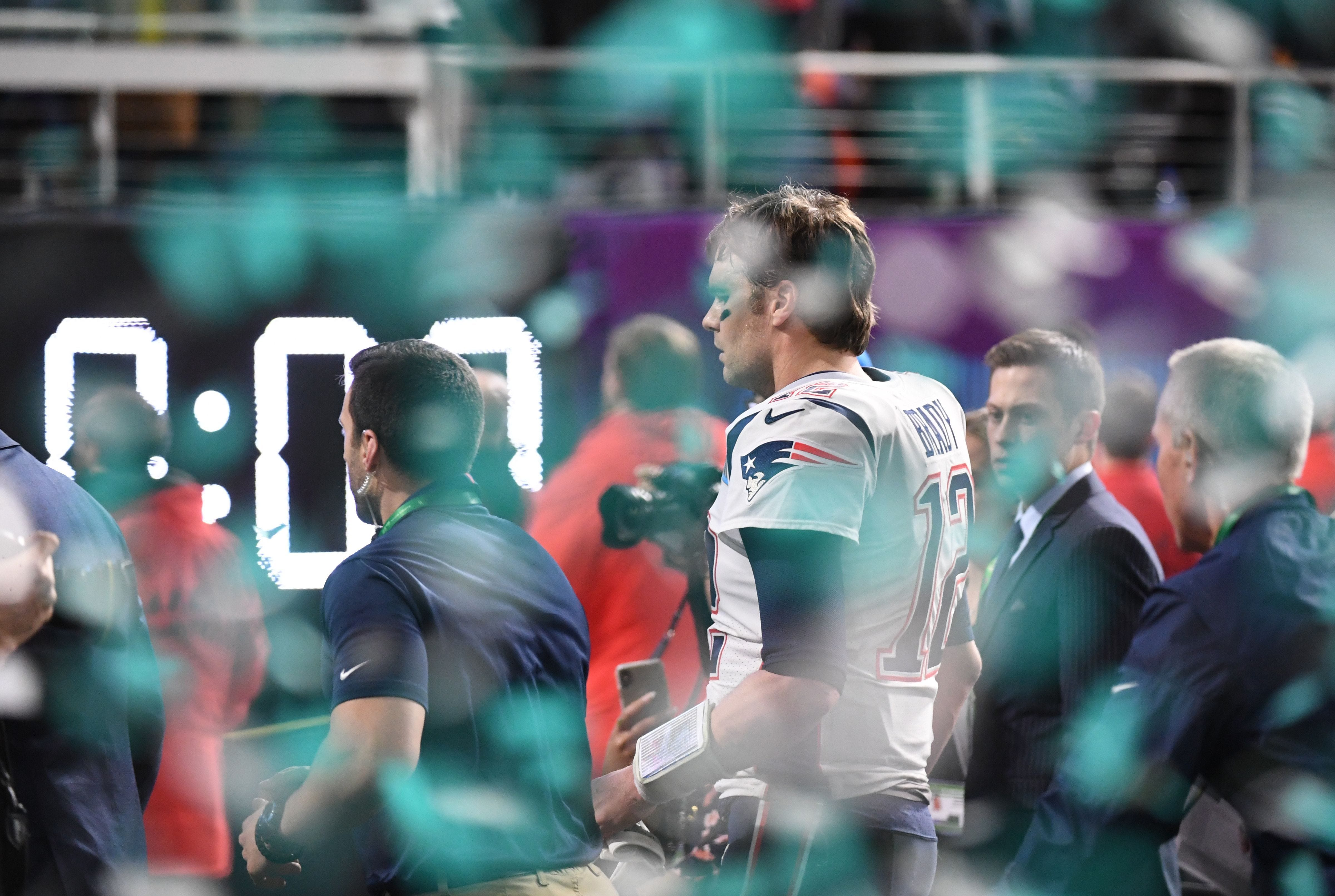 Brady's sportsmanship plays out behind the scenes