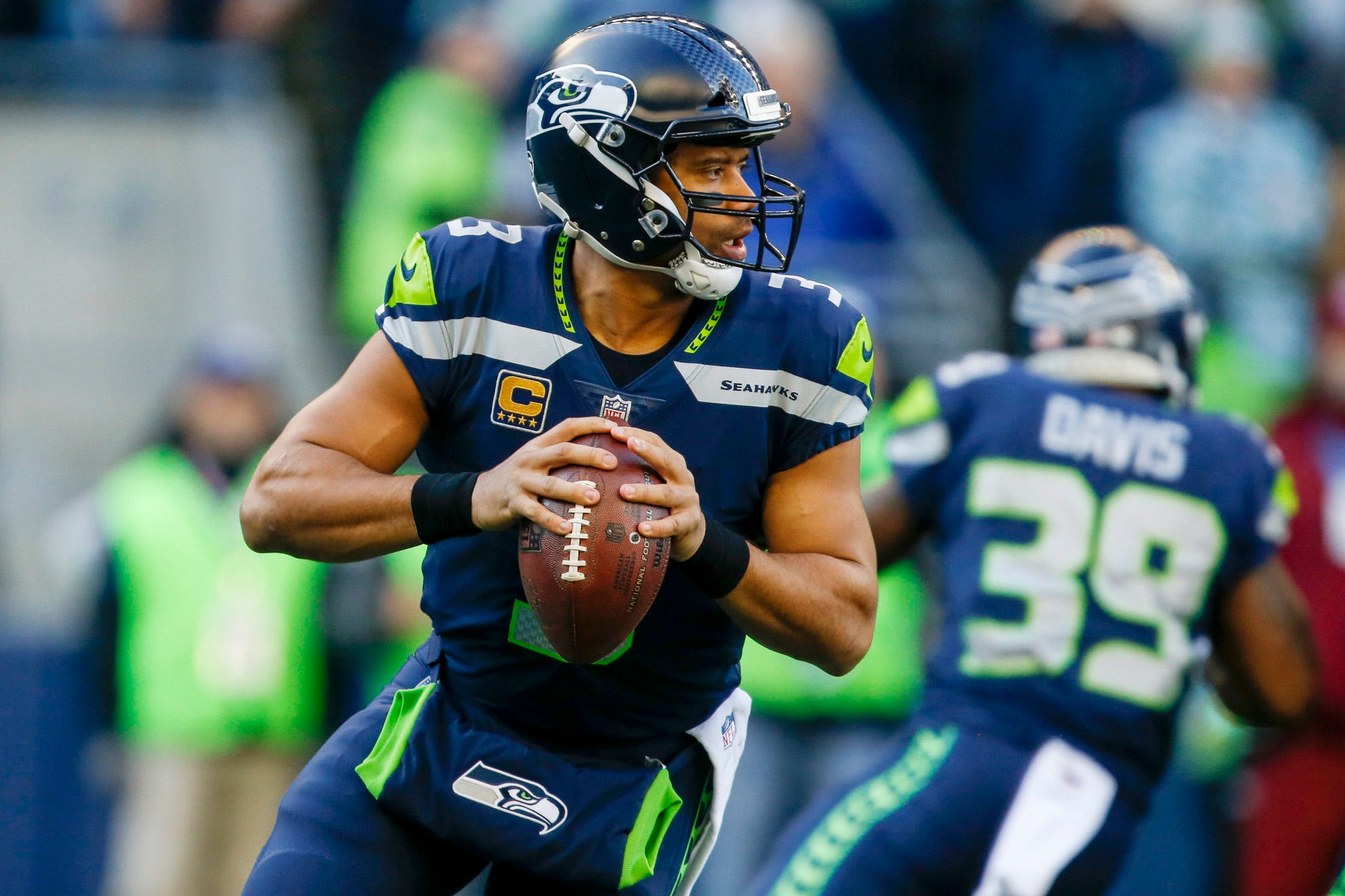 Seahawks' Russell Wilson will mentor top prospects in ESPN series