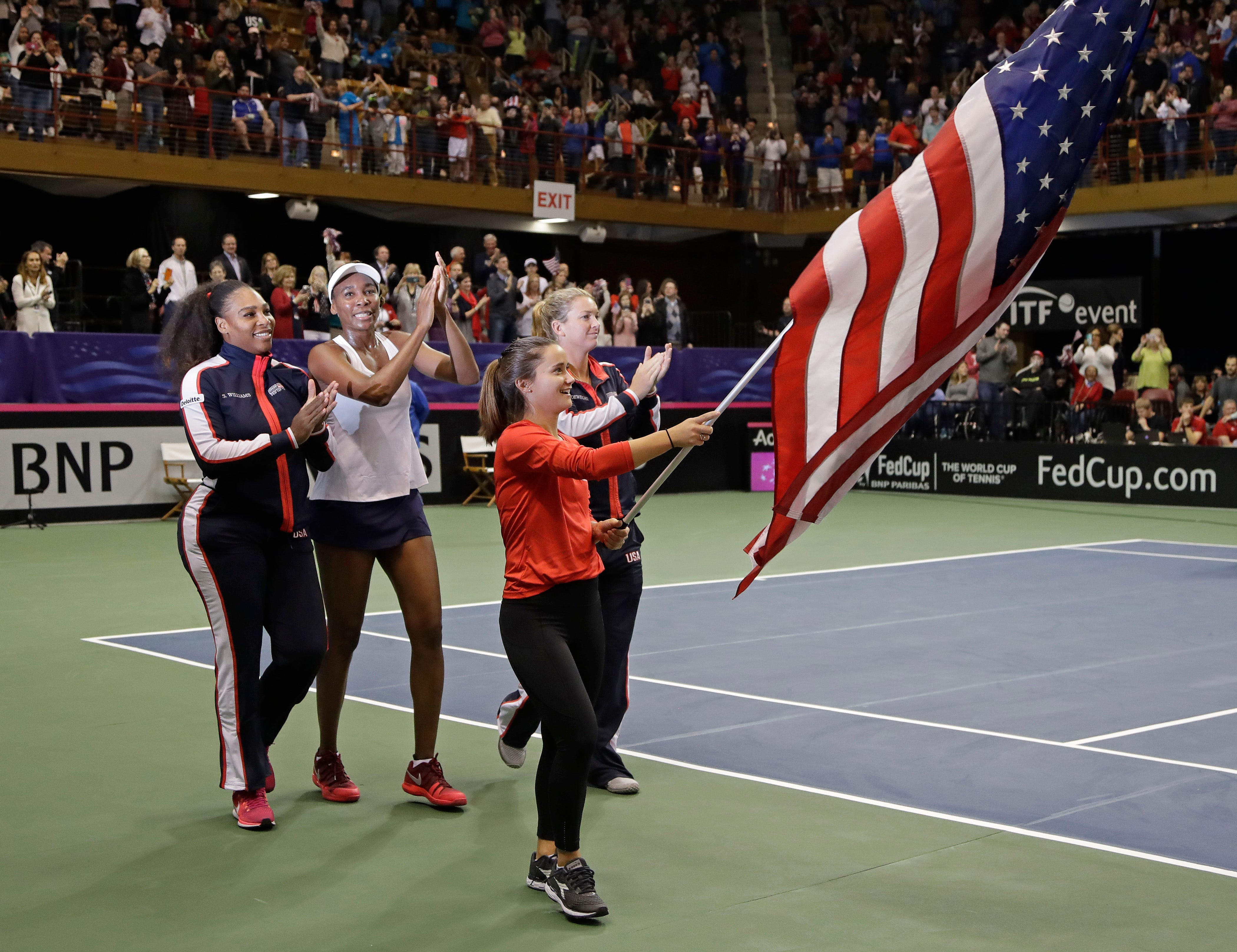 Venus Williams helps US clinch Fed Cup win over Netherlands