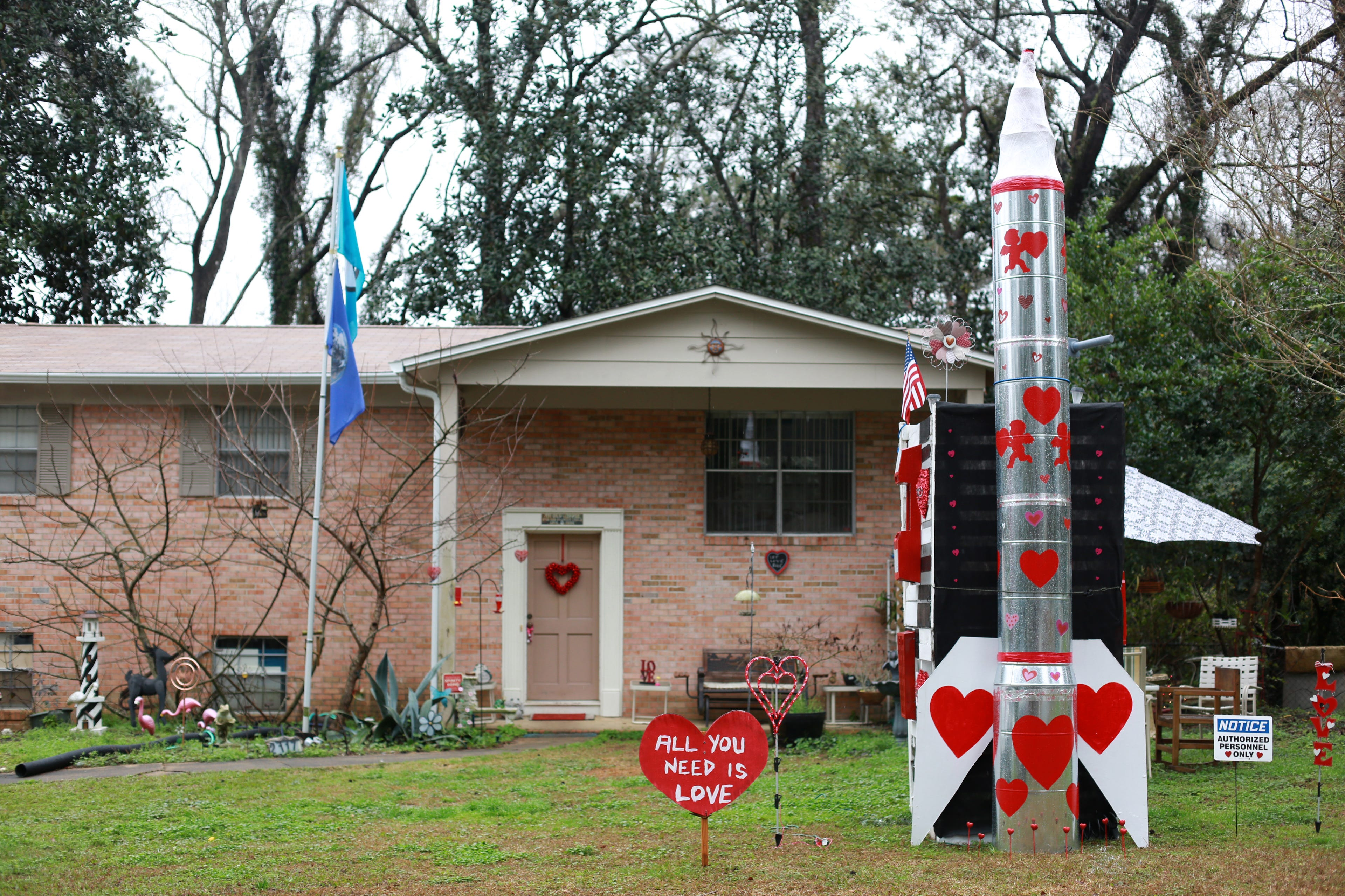 Fla. man builds Intercontinental Ballistic Love Missile for Valentine's Day