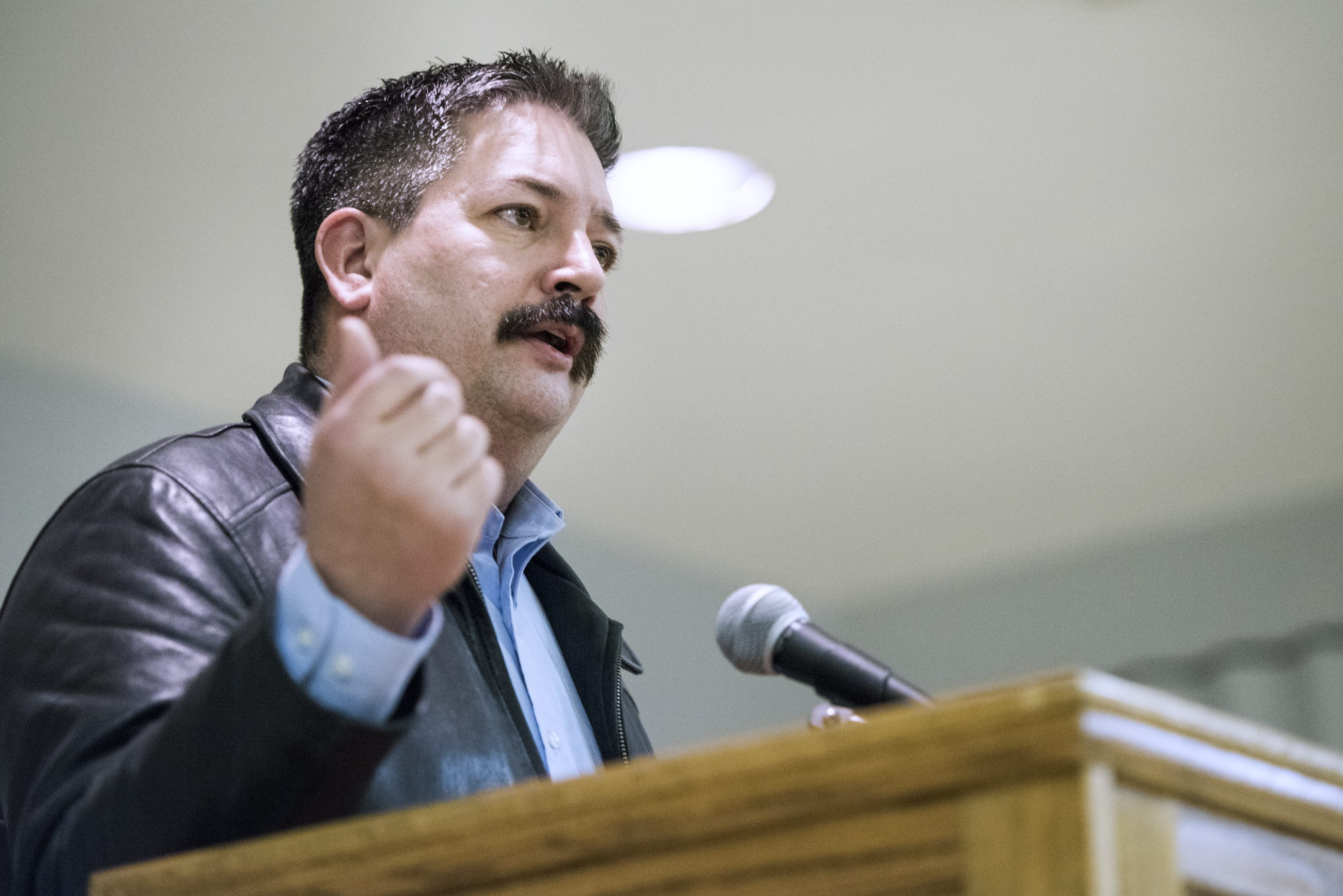 Randy Bryce has fundraising advantage over fellow Democrat Cathy Myers | Milwaukee Journal Sentinel