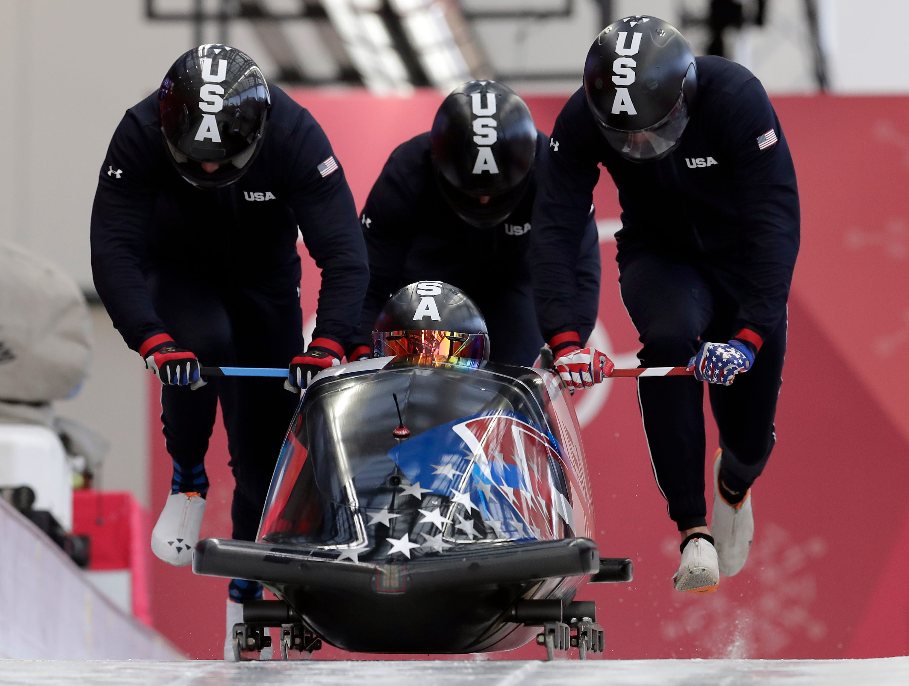 US starts 4-man bobsled training, with some optimism