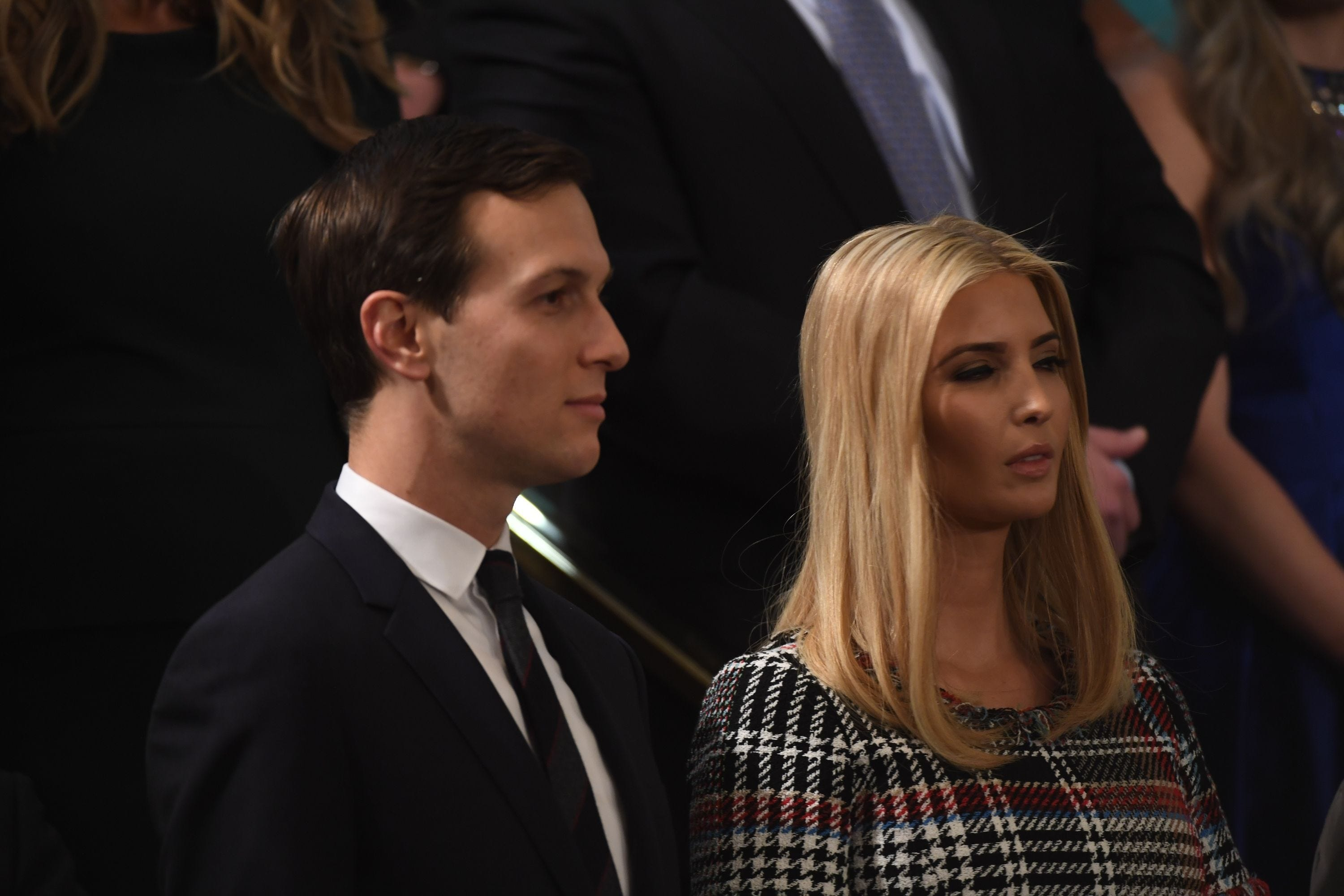 Report: Jared Kushner's White House security clearance hits new snag