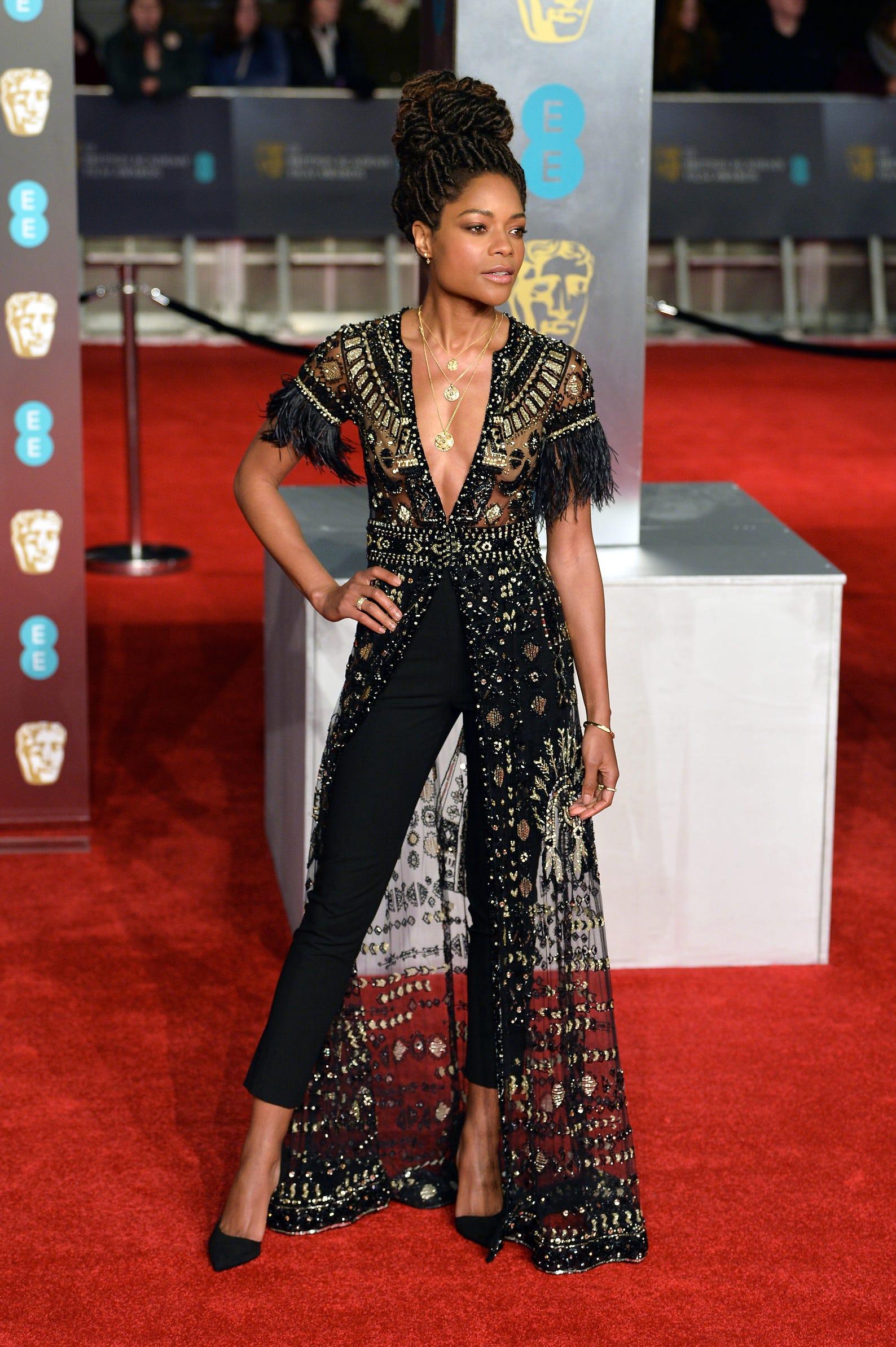 Allison Williams Thong red carpet secrets: sticky bras and waist cinchers