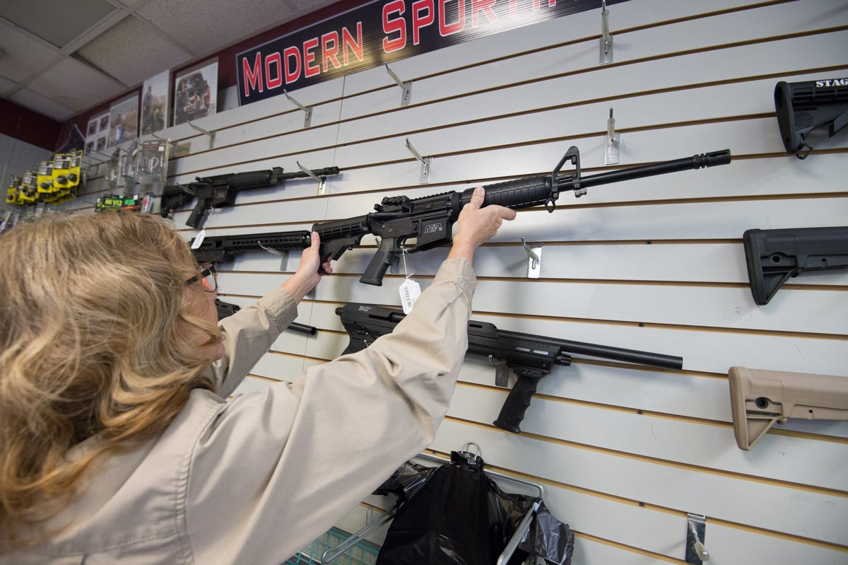 Delaware bill would block teens from buying rifles, shotguns