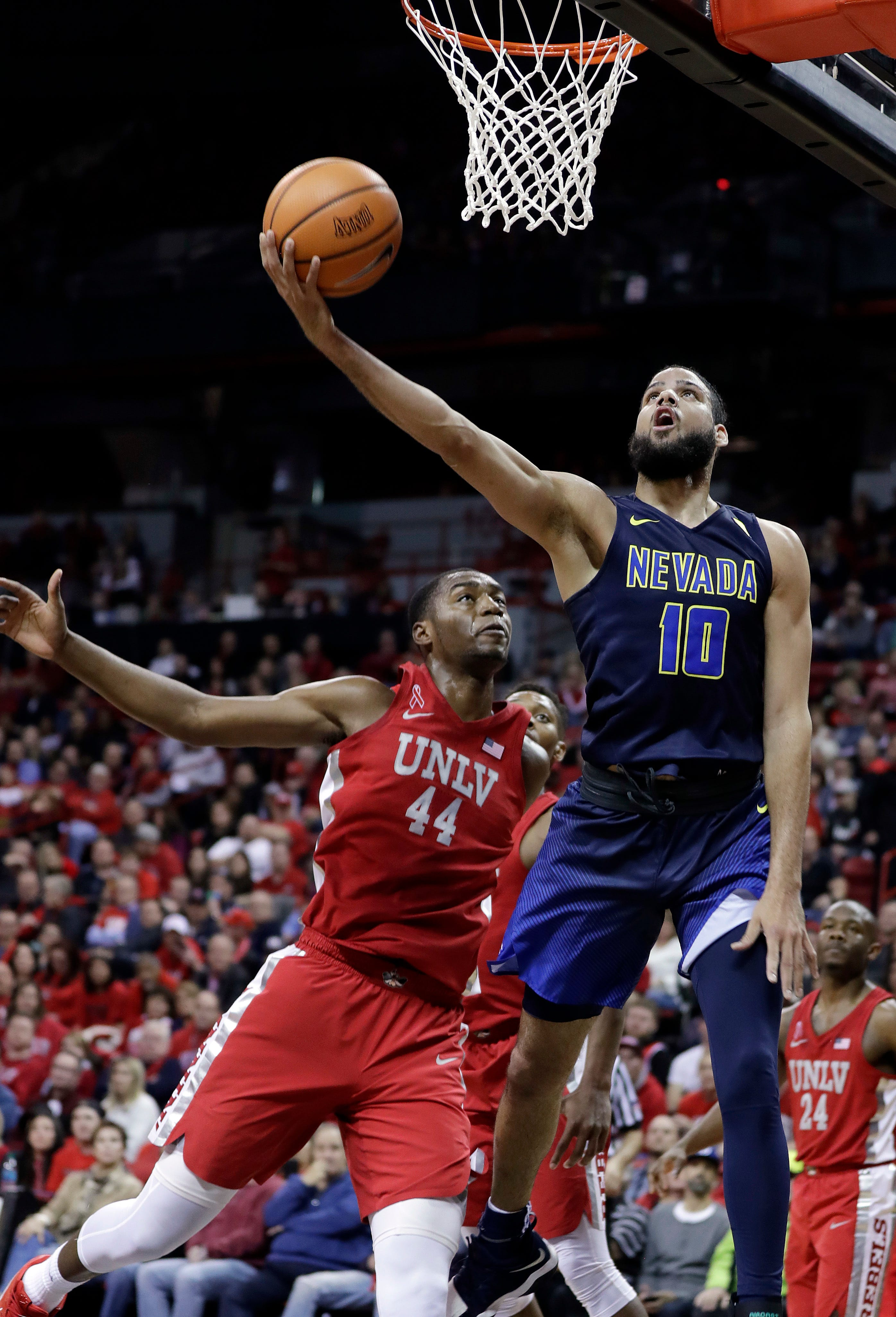 Martin helps No. 21 Nevada rout UNLV 101-75
