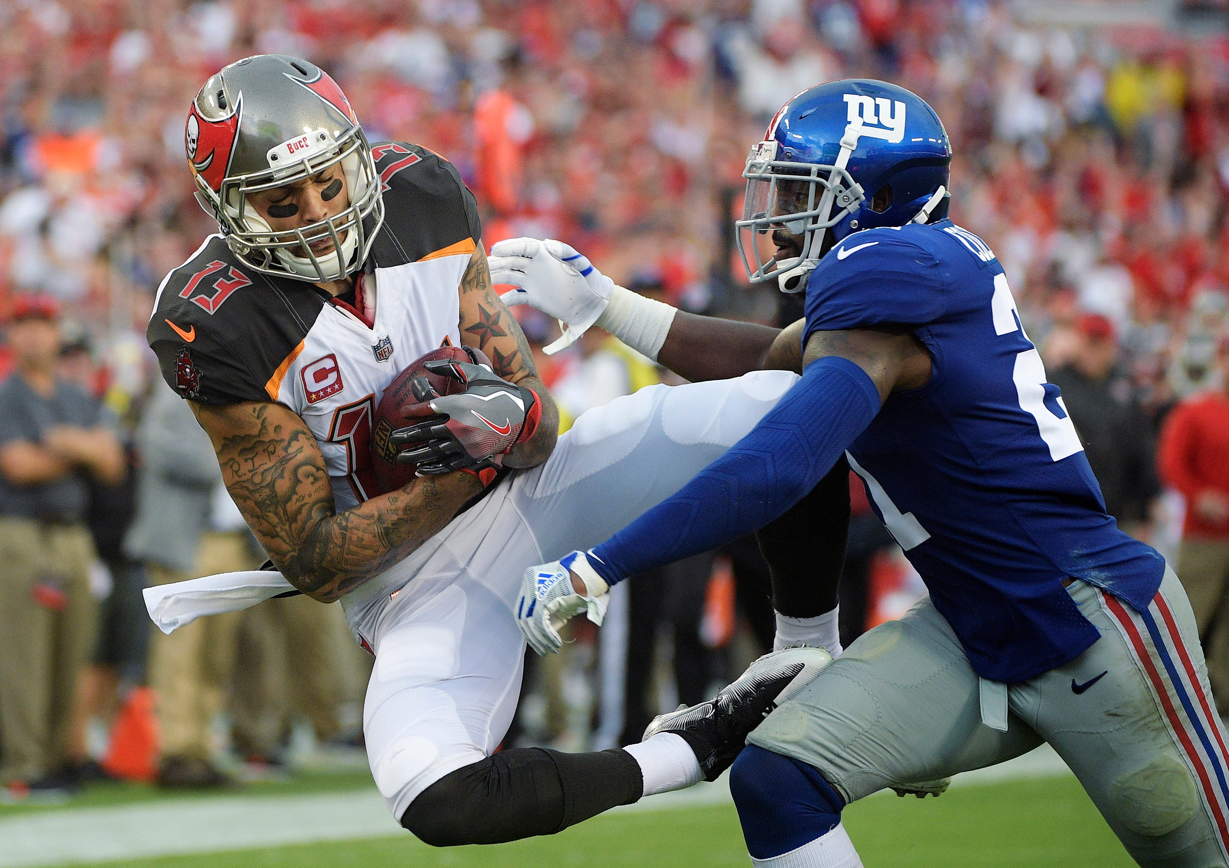 Evans, Buccaneers agree to $82.5 million contract extension