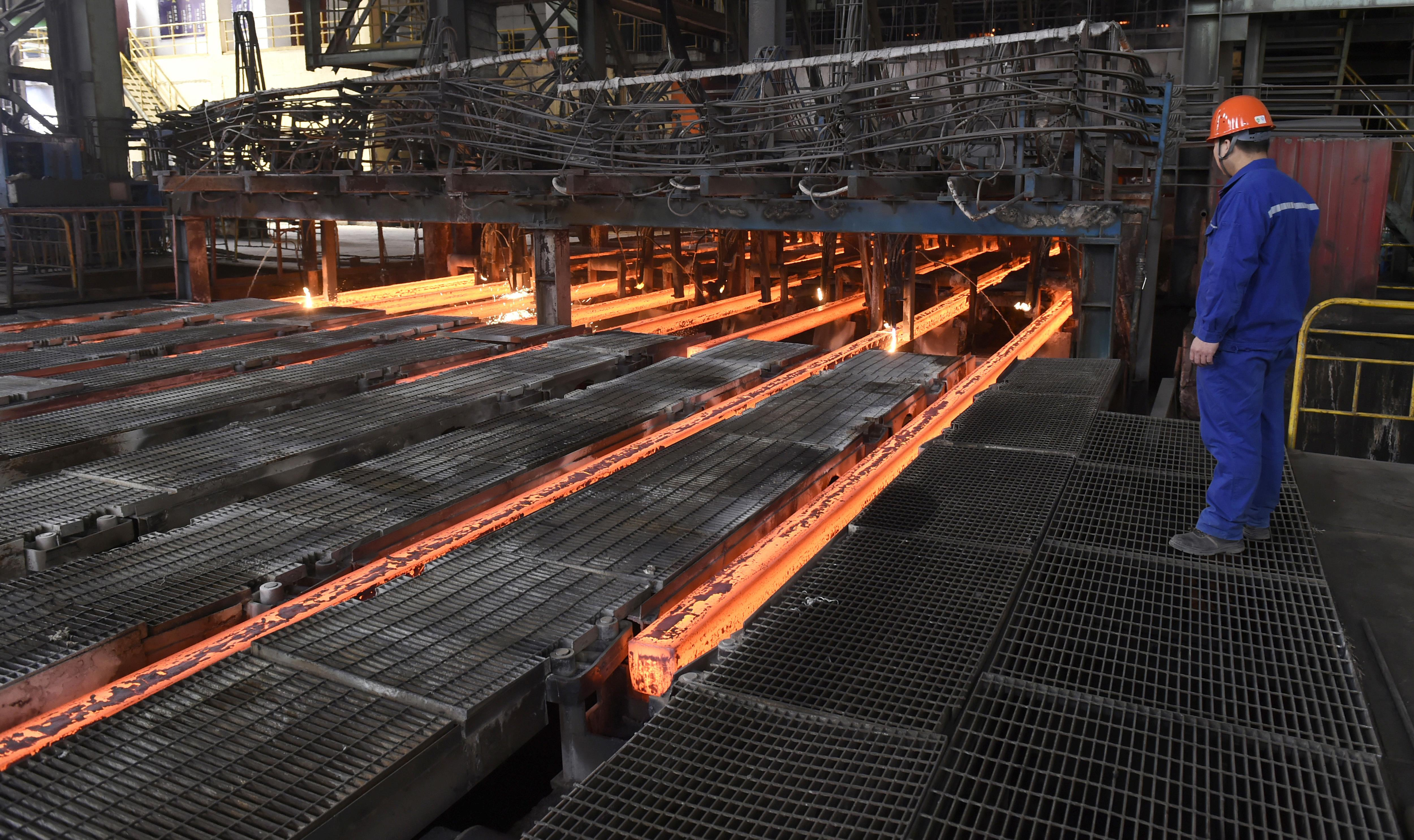Alcoa CEO sees 'game changer' in China's aluminum curbs 2