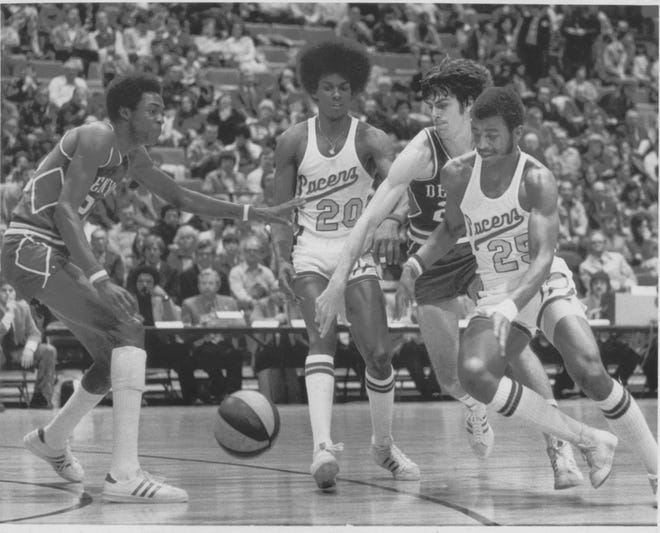 Darnell Hillman (20) padded his height with his hair in 1975. He recalls the ABA as a big family.