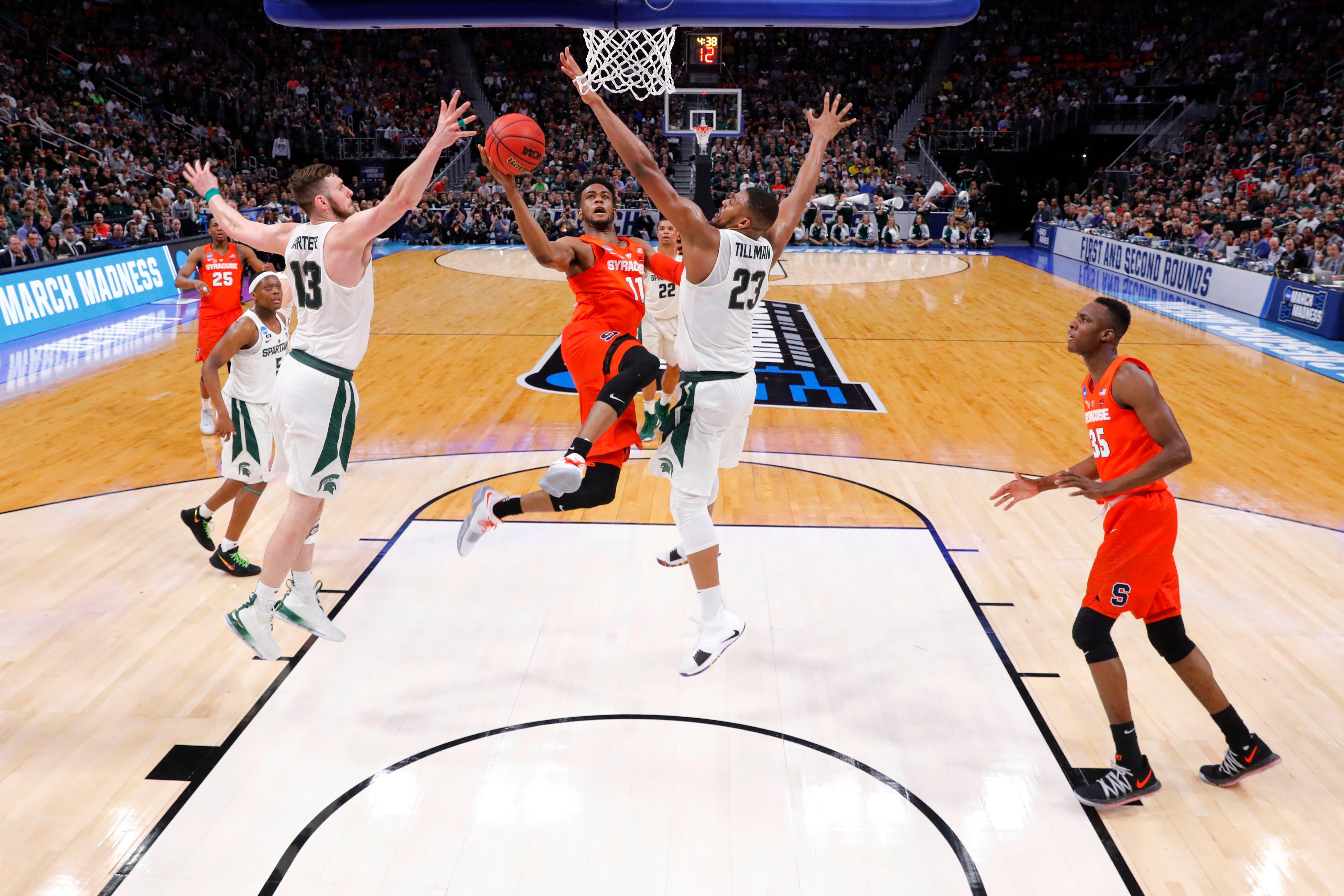 4e41ca2aefd http   www.democratandchronicle.com picture-gallery sports college ...