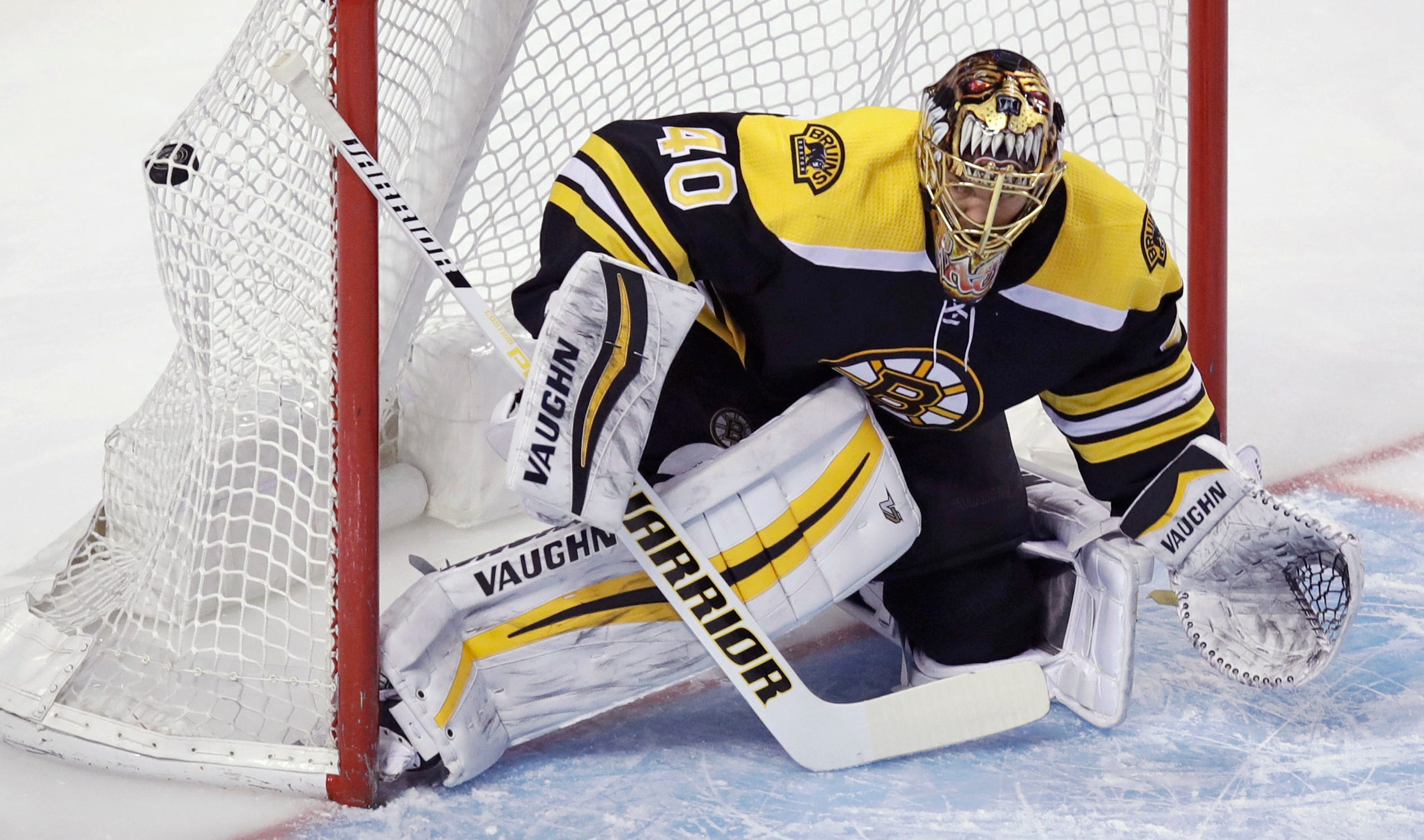 Atkinson scores in OT to lift Blue Jackets past Bruins, 5-4