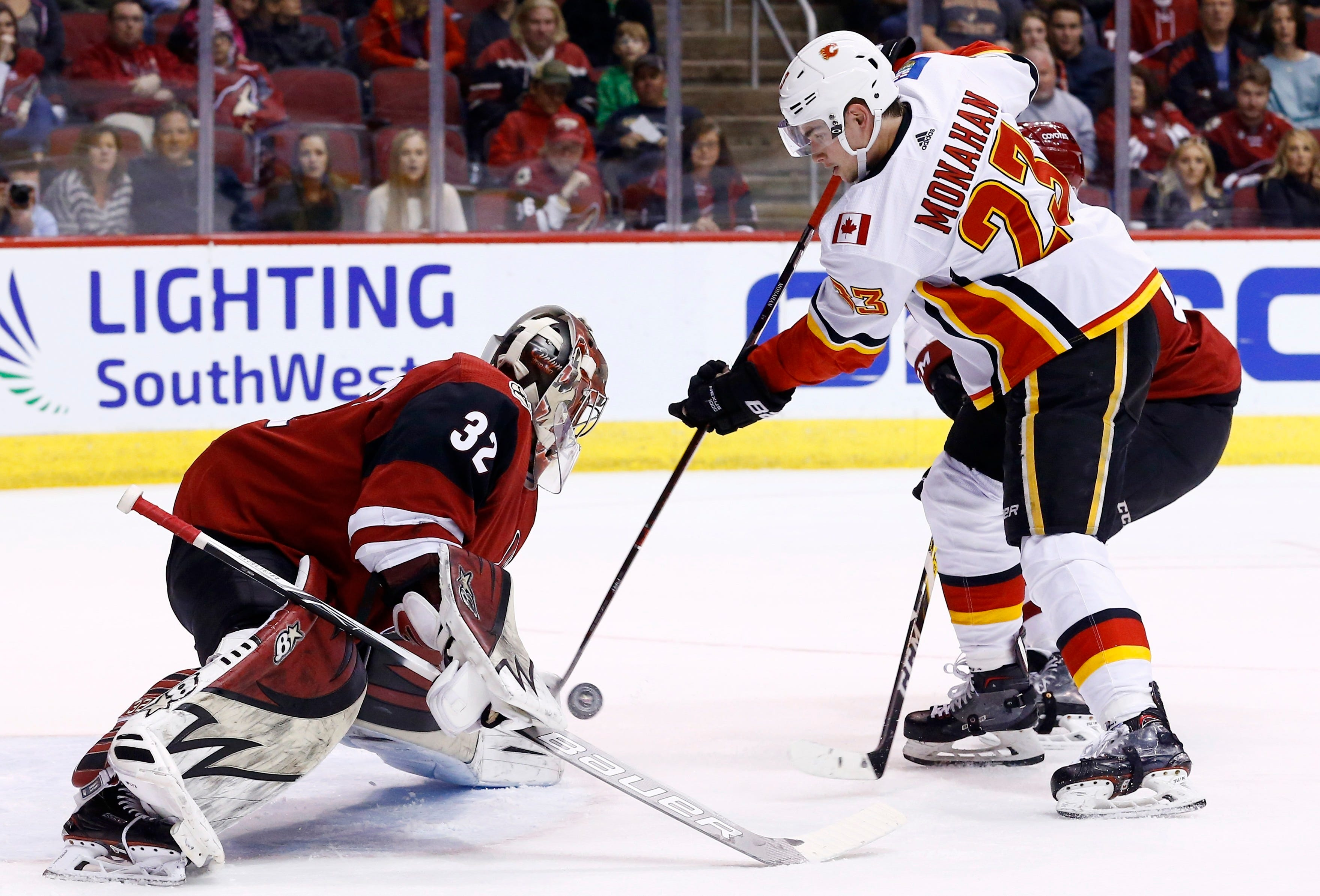 Ekman-Larsson's two late goals lead Coyotes past Flames