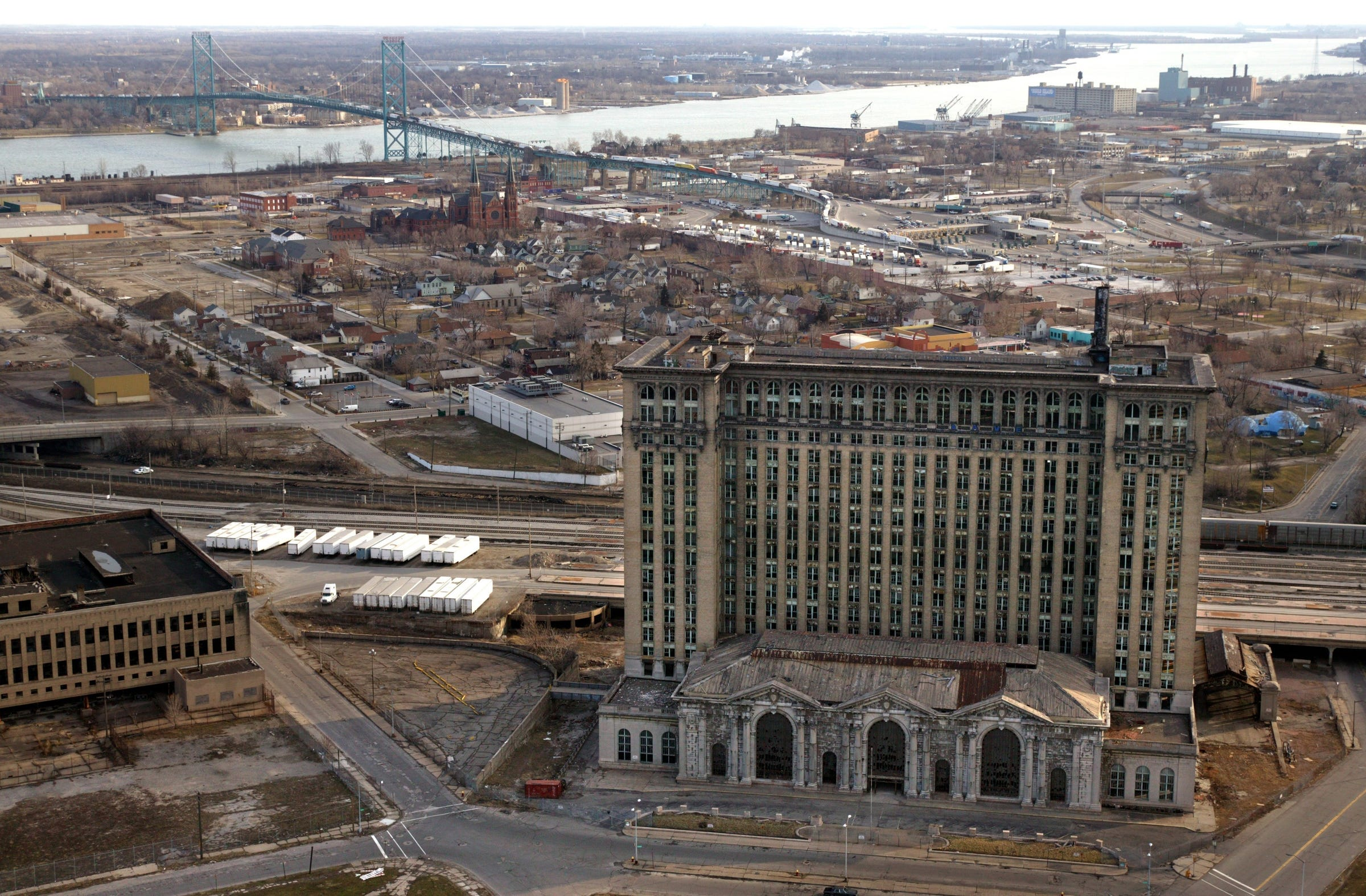 If Ford buys Michigan Central Station, what happens to land nearby?   Detroit Free Press