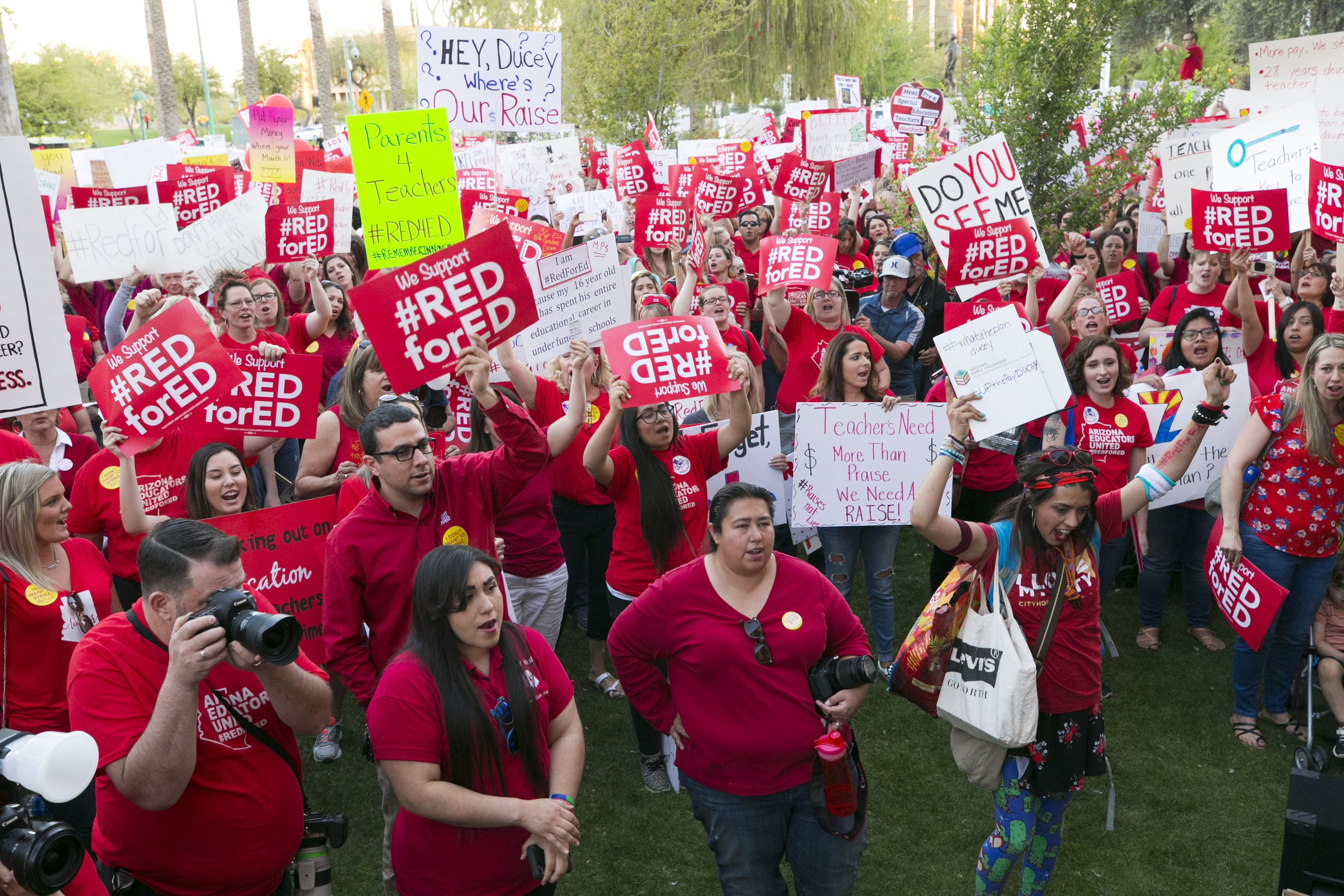 Results of #RedForEd teacher walkout vote to be announced Thursday | Arizona Central