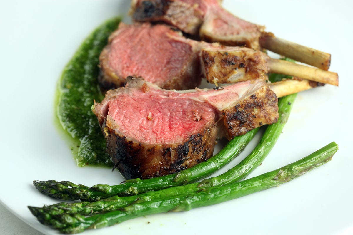 Perfect rack of lamb: Oven temp, how long to cook, more