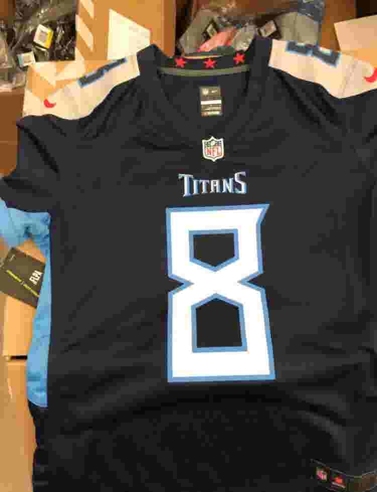 262c244c92b Titans new uniforms  What an expert says about colors