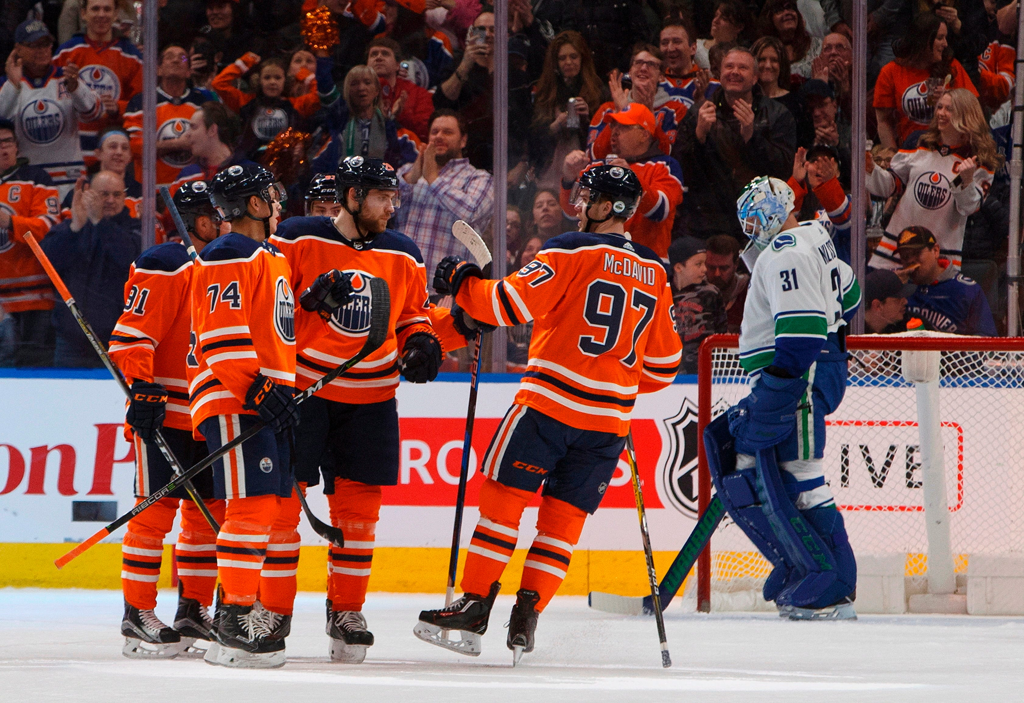Oilers win in shootout in final game of Sedin twins