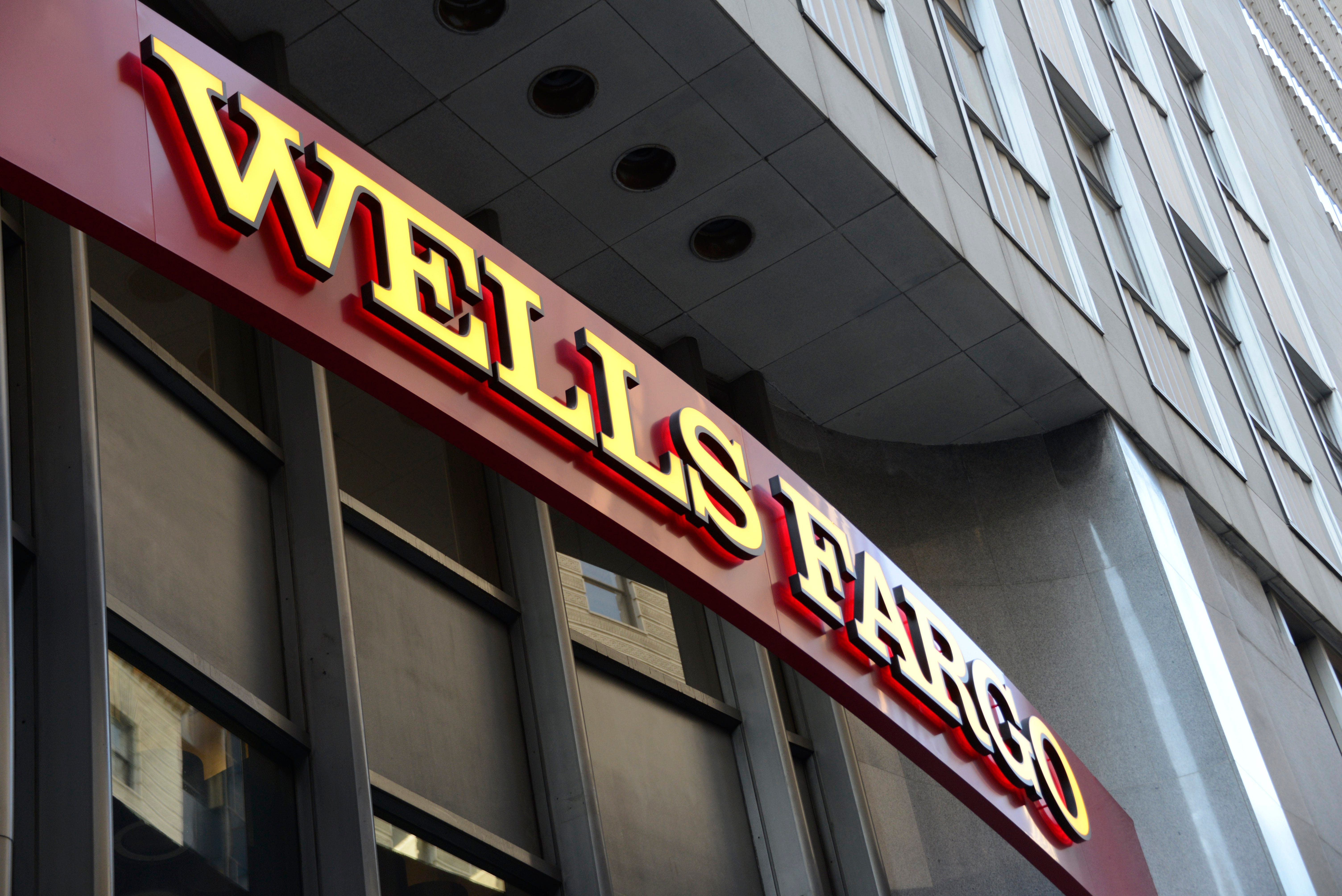 Wells Fargo agrees to $575 million settlement affecting all 50 states in wake of fake accounts