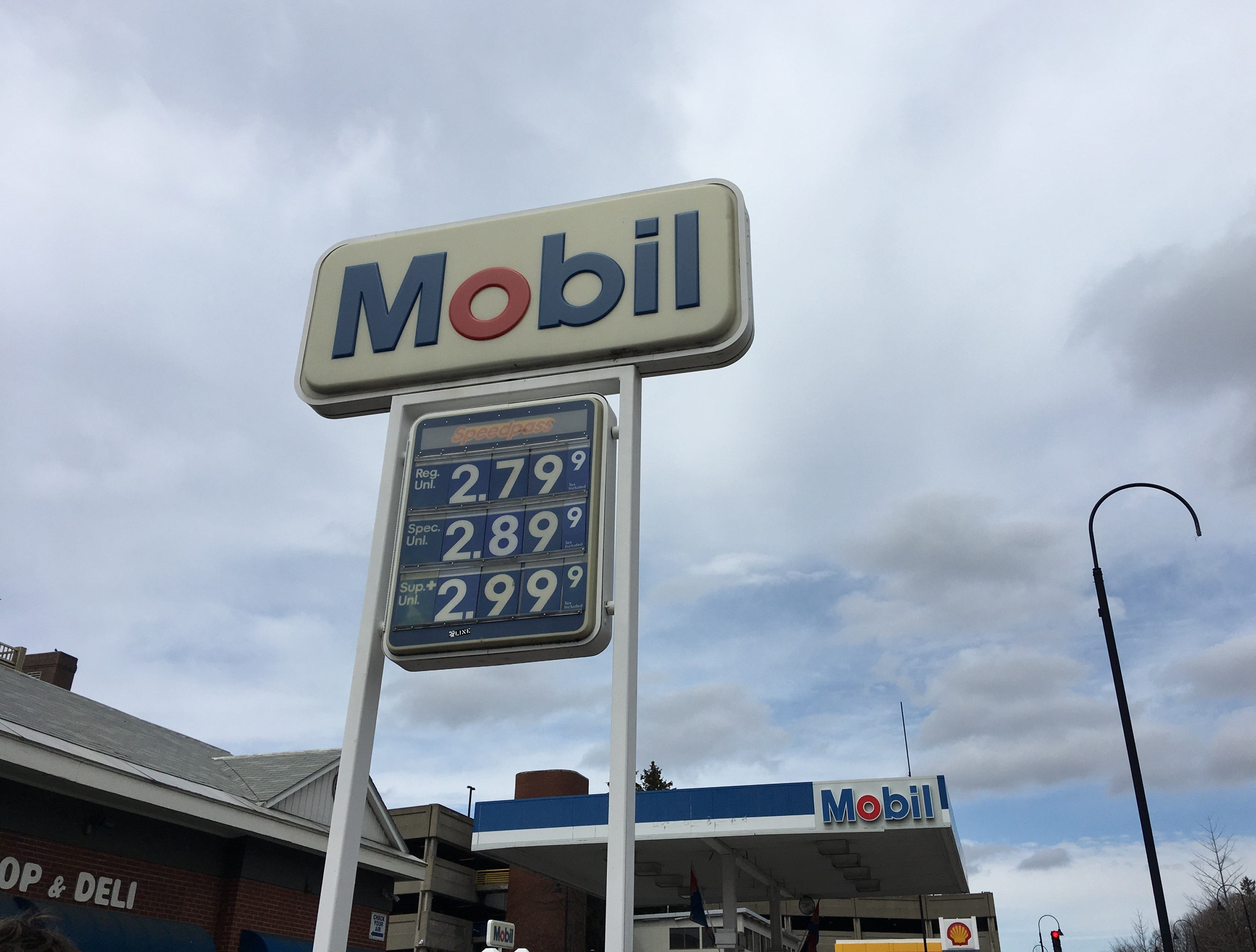Gas prices up in Burlington to highest mark since 2015