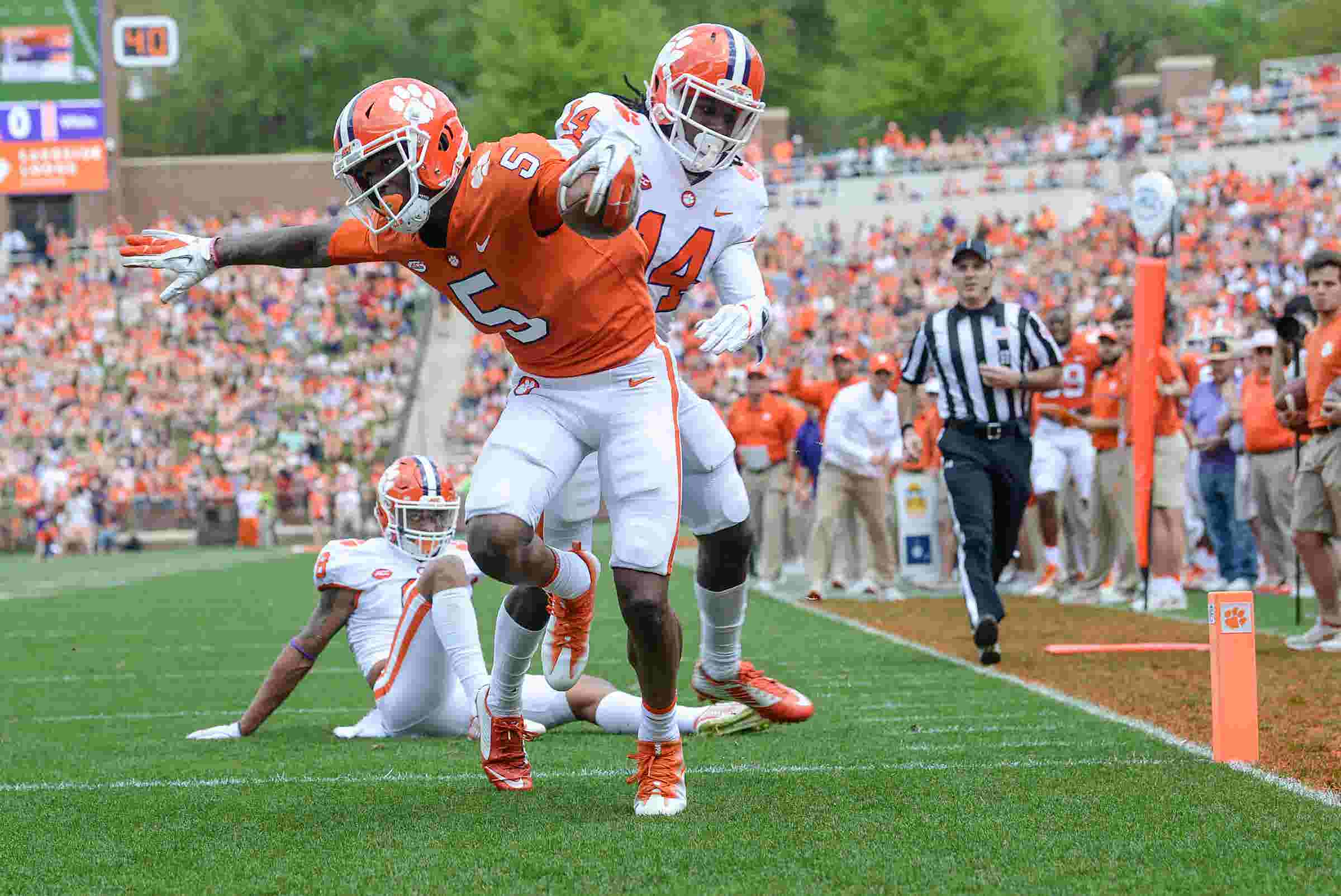 Clemson WR Tee Higgins bulked up to take the next step this season a23949756