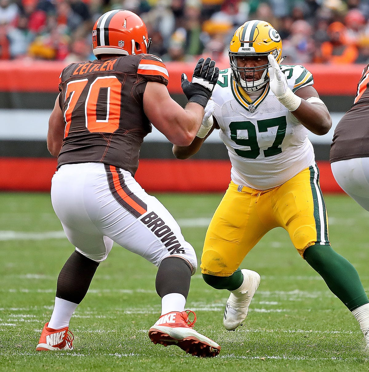 Packers Roster Builder preview: Offense seeks Aaron Rodgers