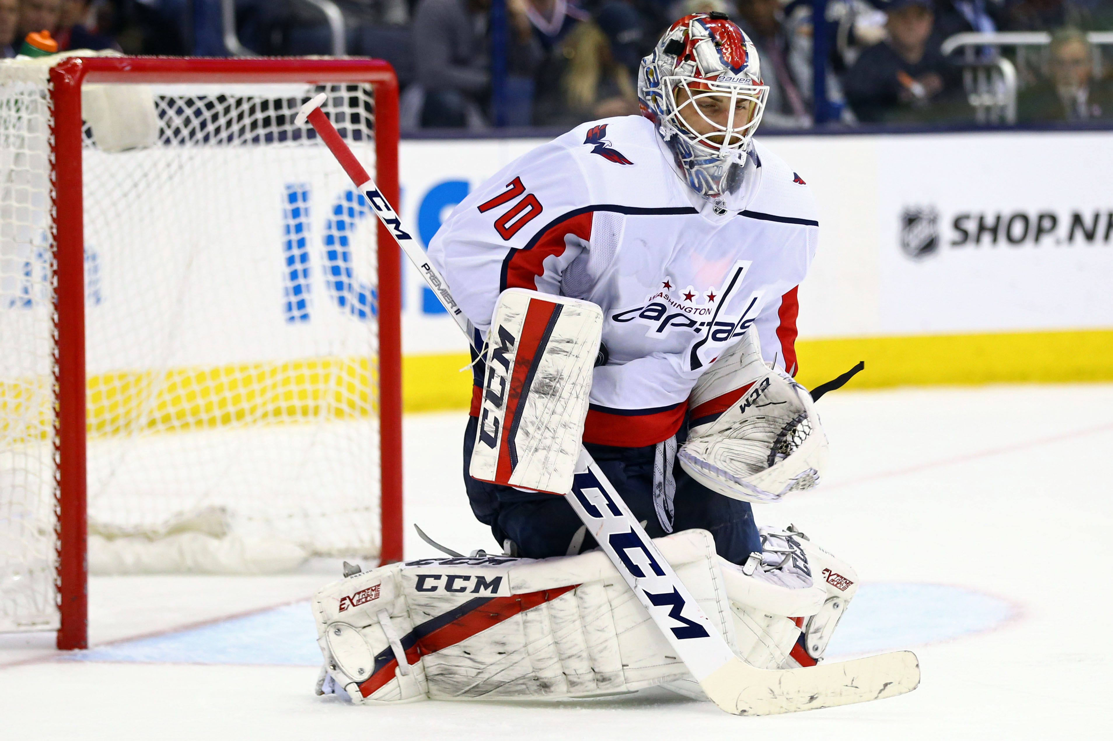 Braden Holtby's strong return from benching has helped Capitals even series