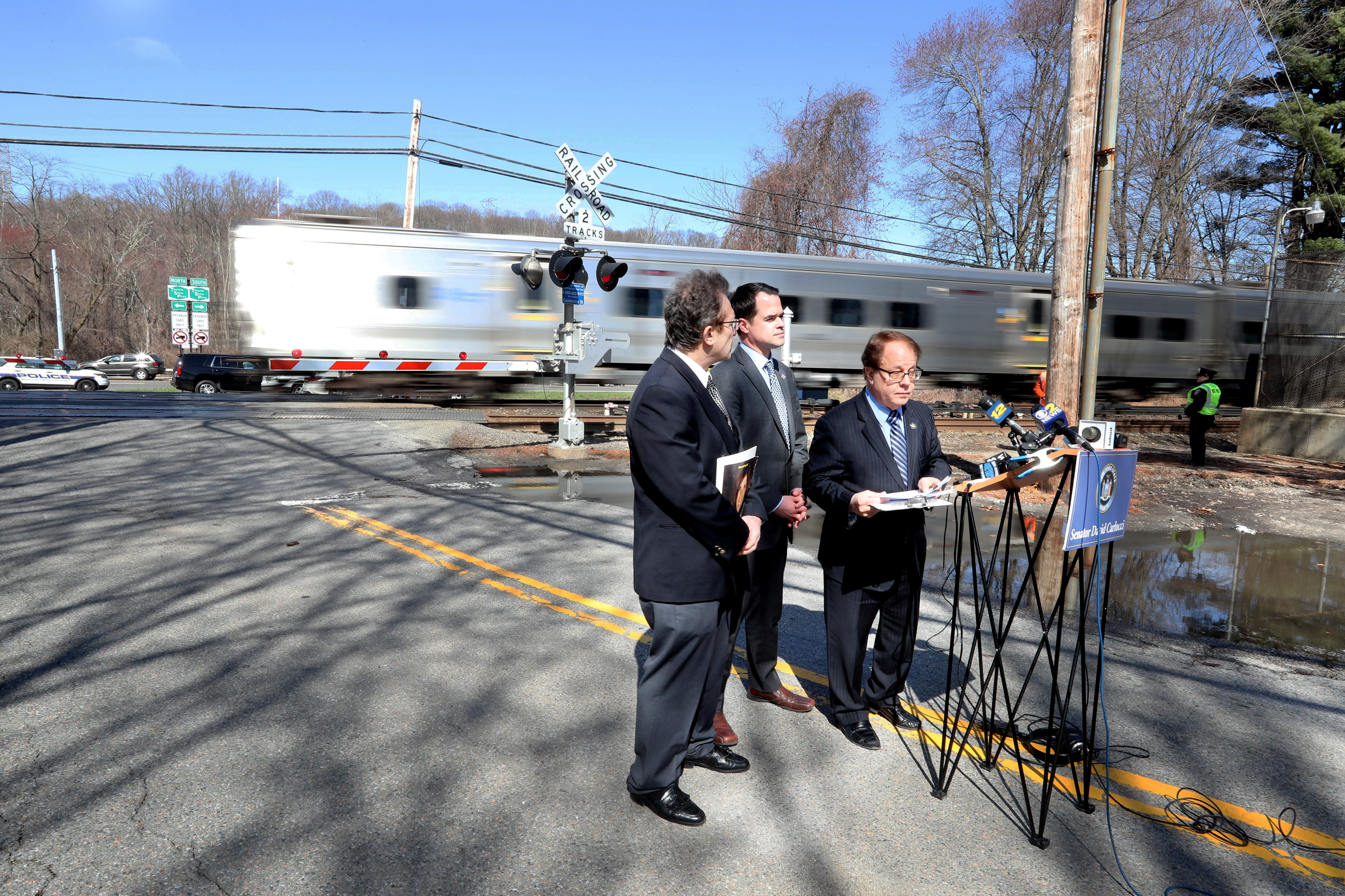 Video: Lawmakers call on DOT to improve rail crossing safety